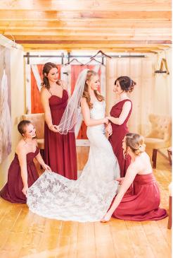 https://davincibridal.com/real_brides