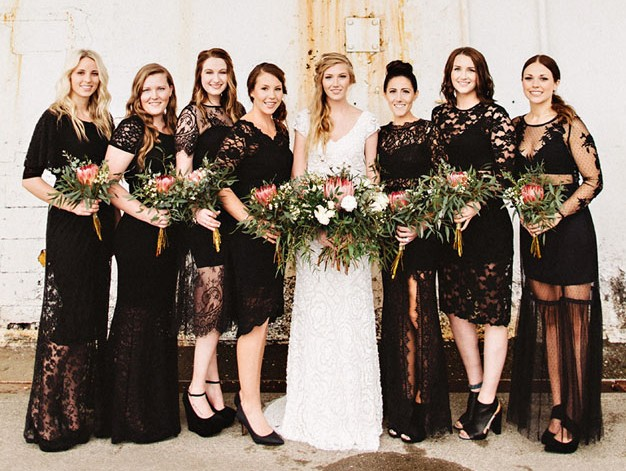 http://greenweddingshoes.com/stylish-washington-loft-wedding-anje-alex/