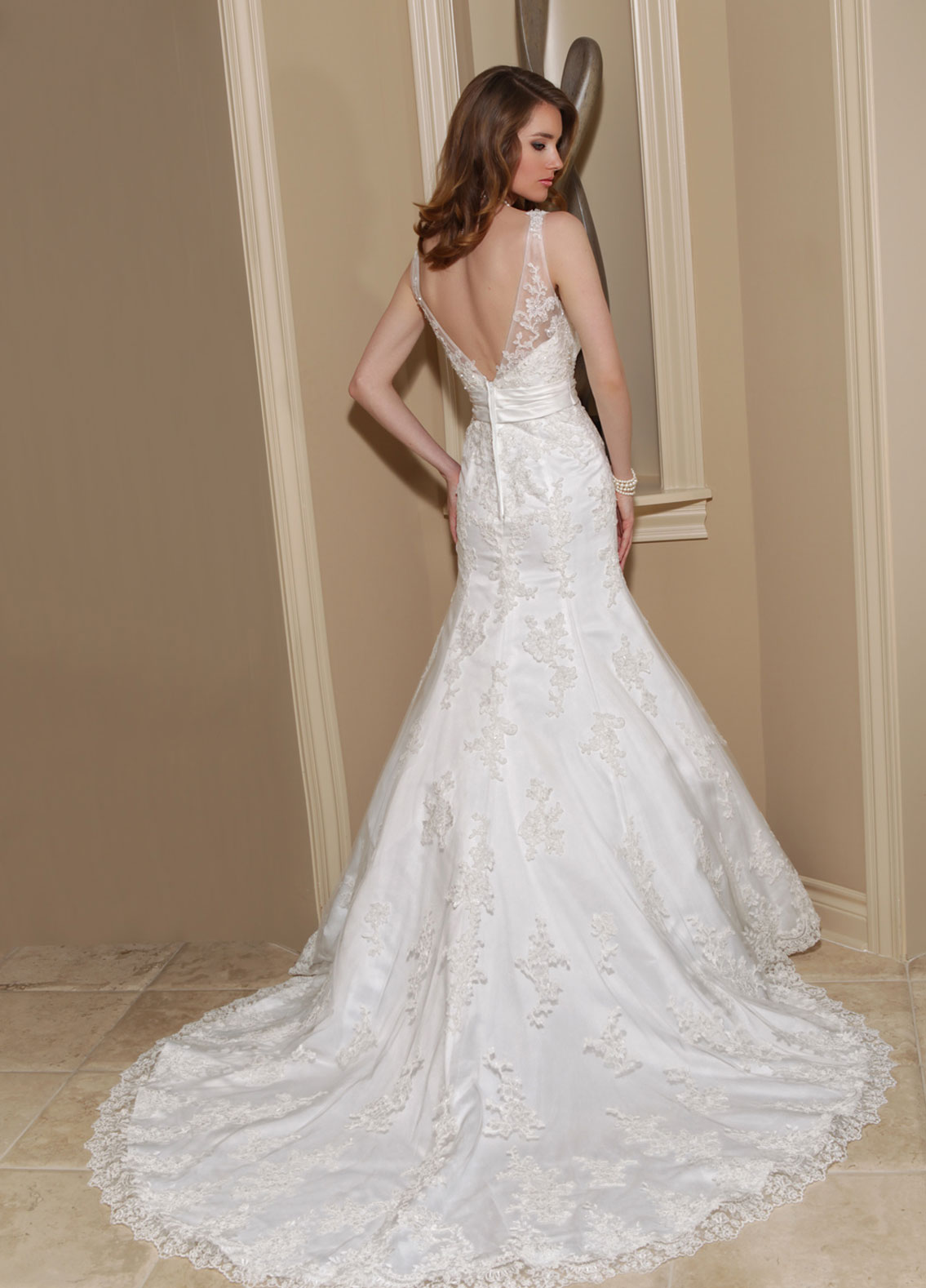 Back view of Style : 50147