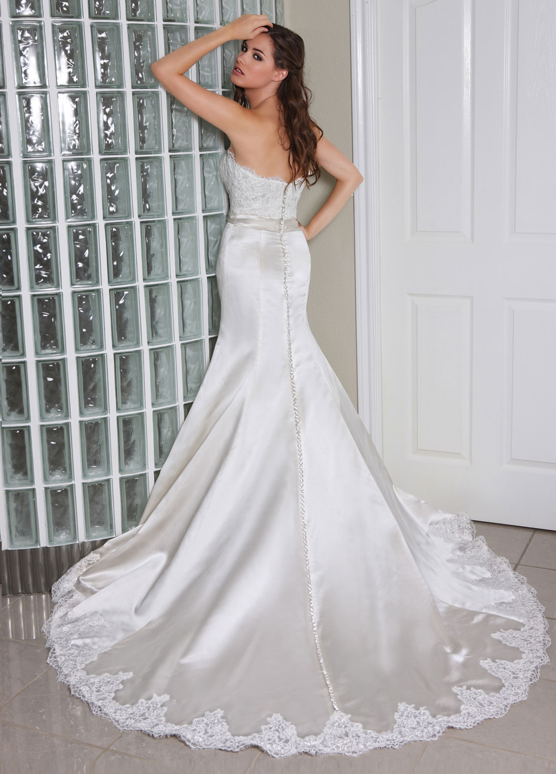 Back view of Style : 50232