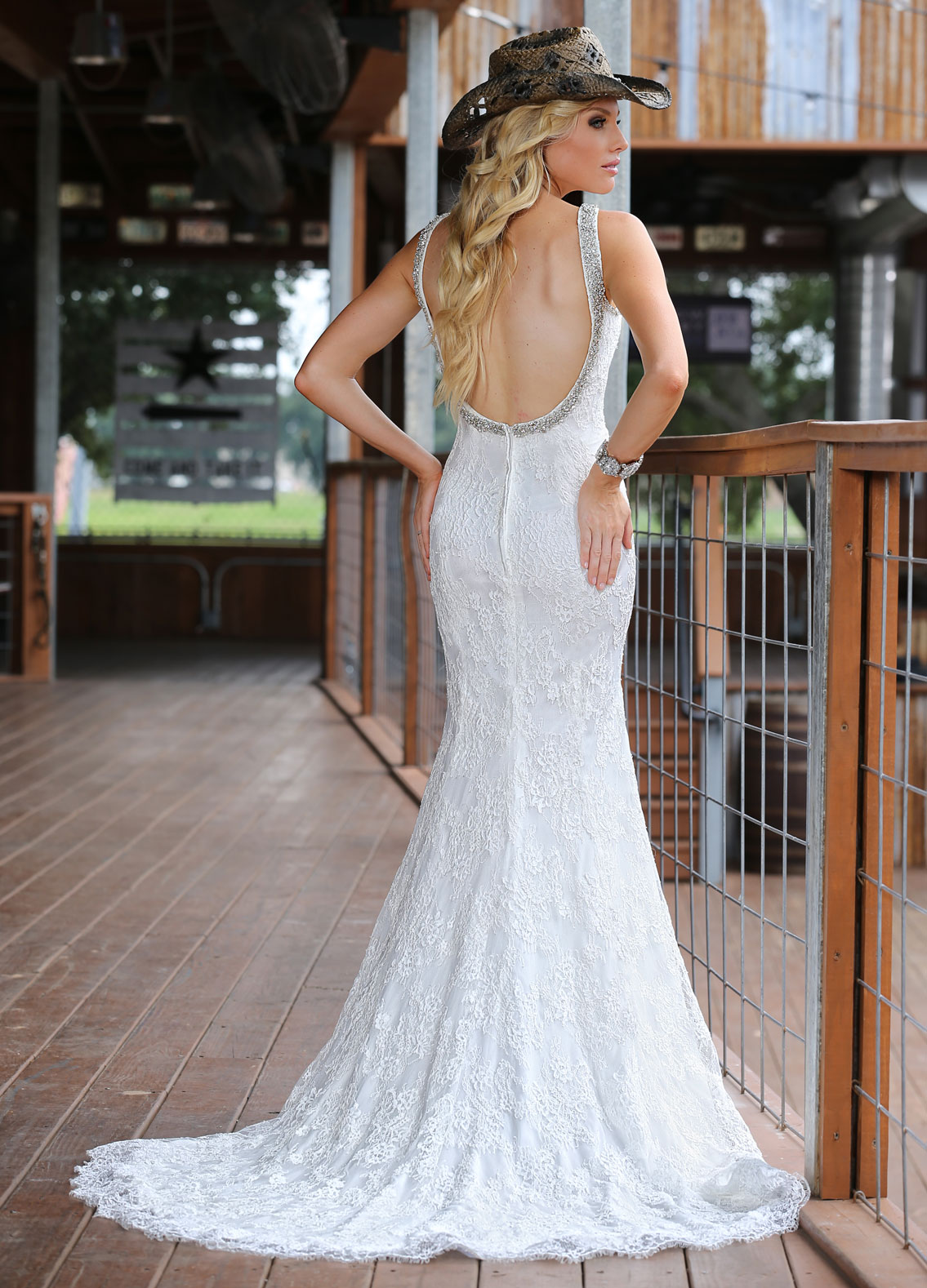 Back view of Style : 50298