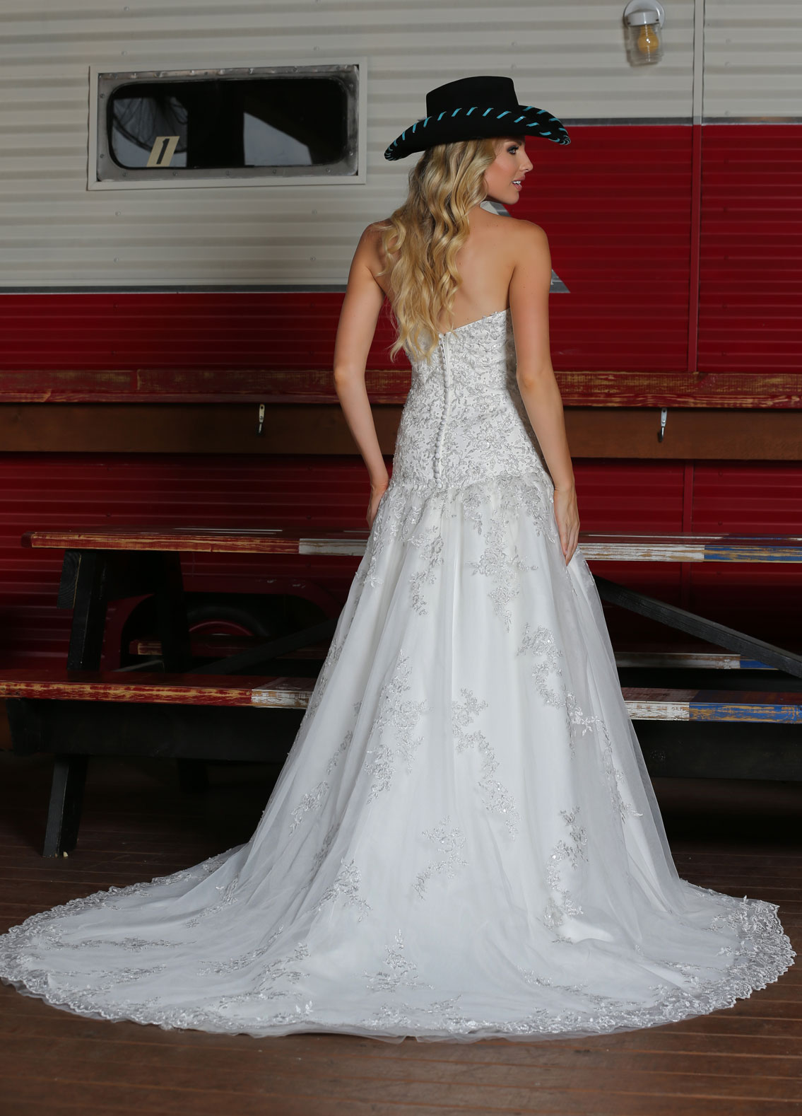 Back view of Style : 50300