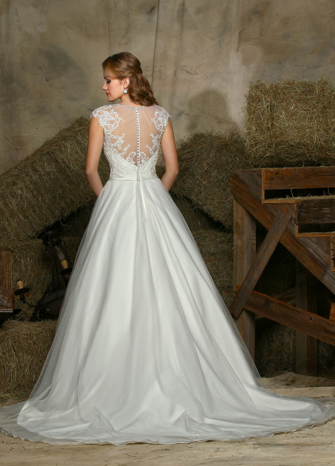 Back view of Style : 50326