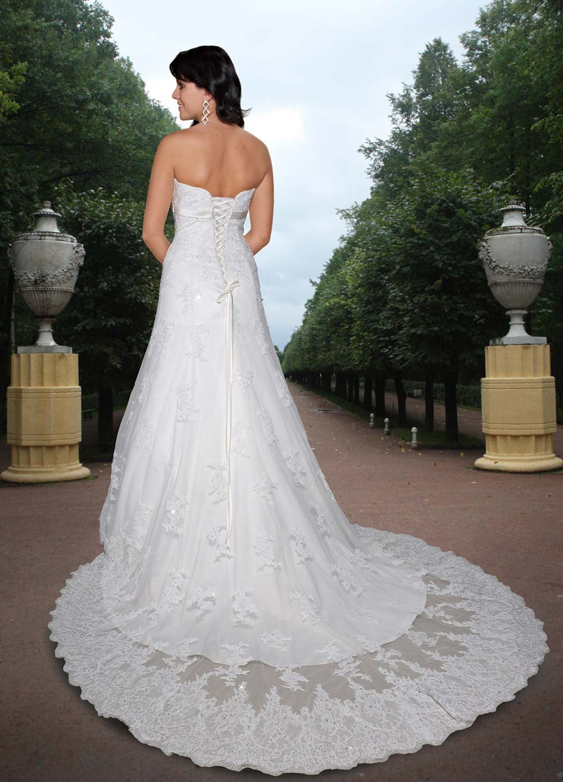 Back view of Style : 8357
