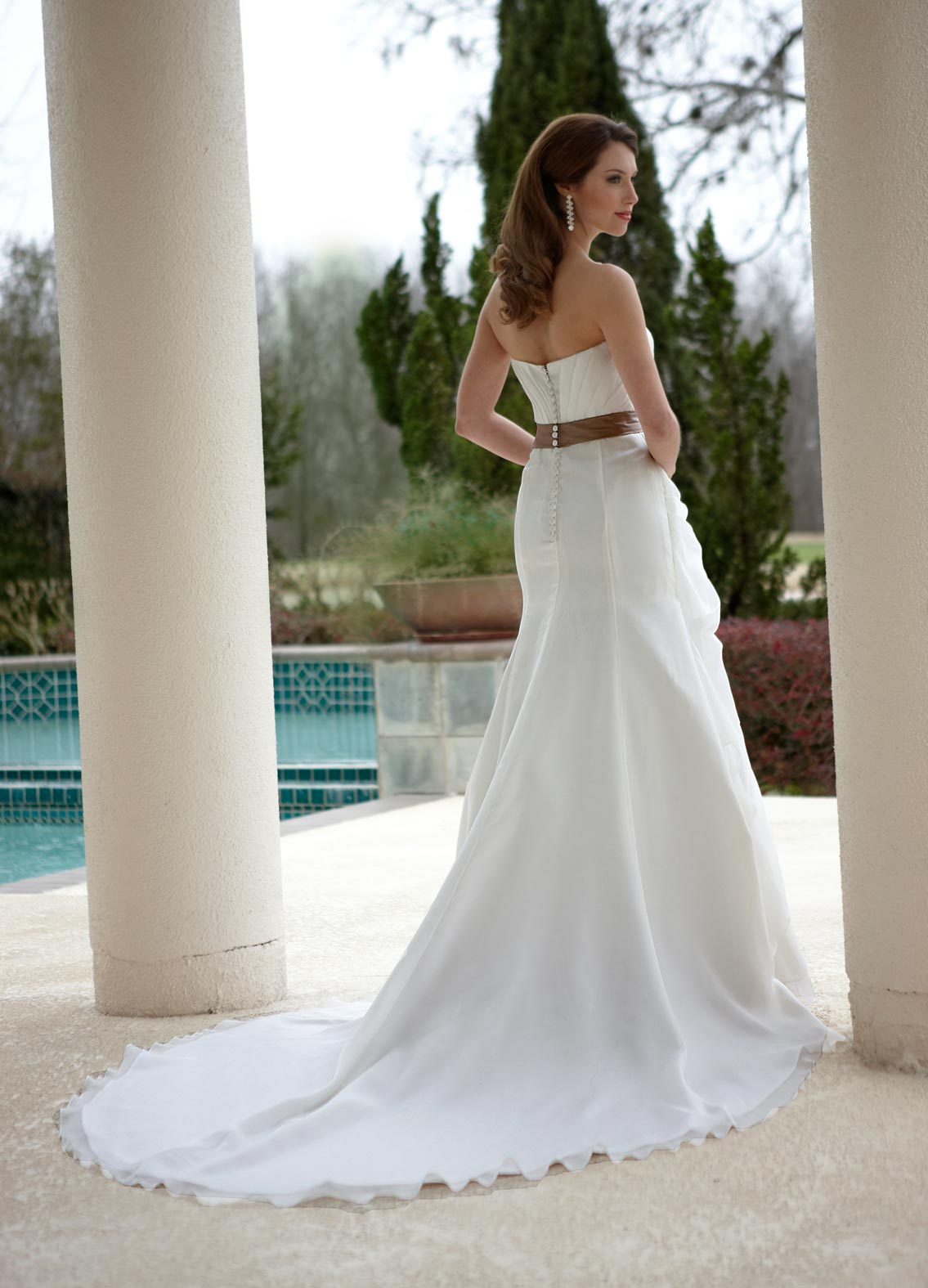 Back view of Style : 8465