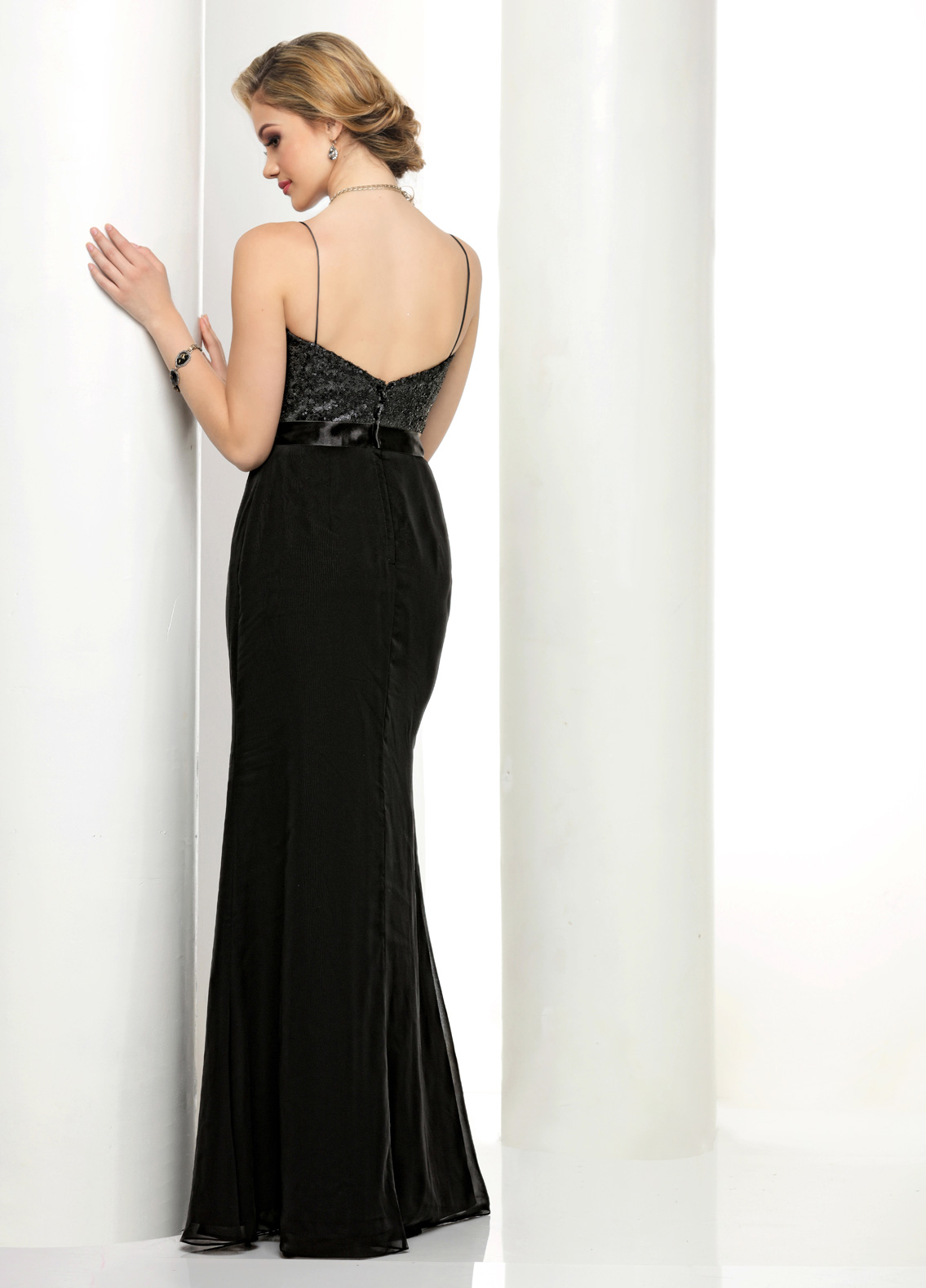 Back view of Style : S1001