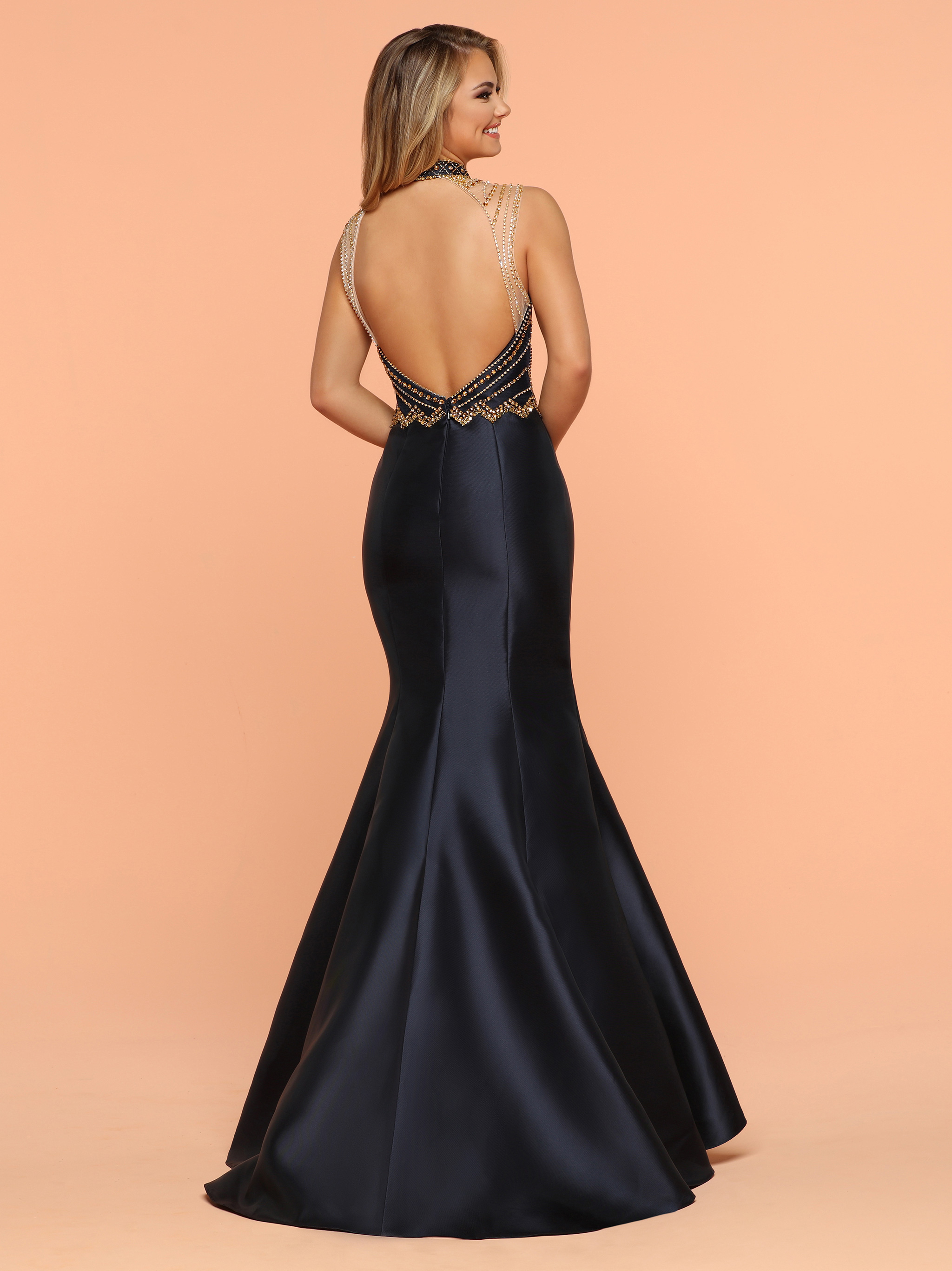 Image showing back view of style #71806