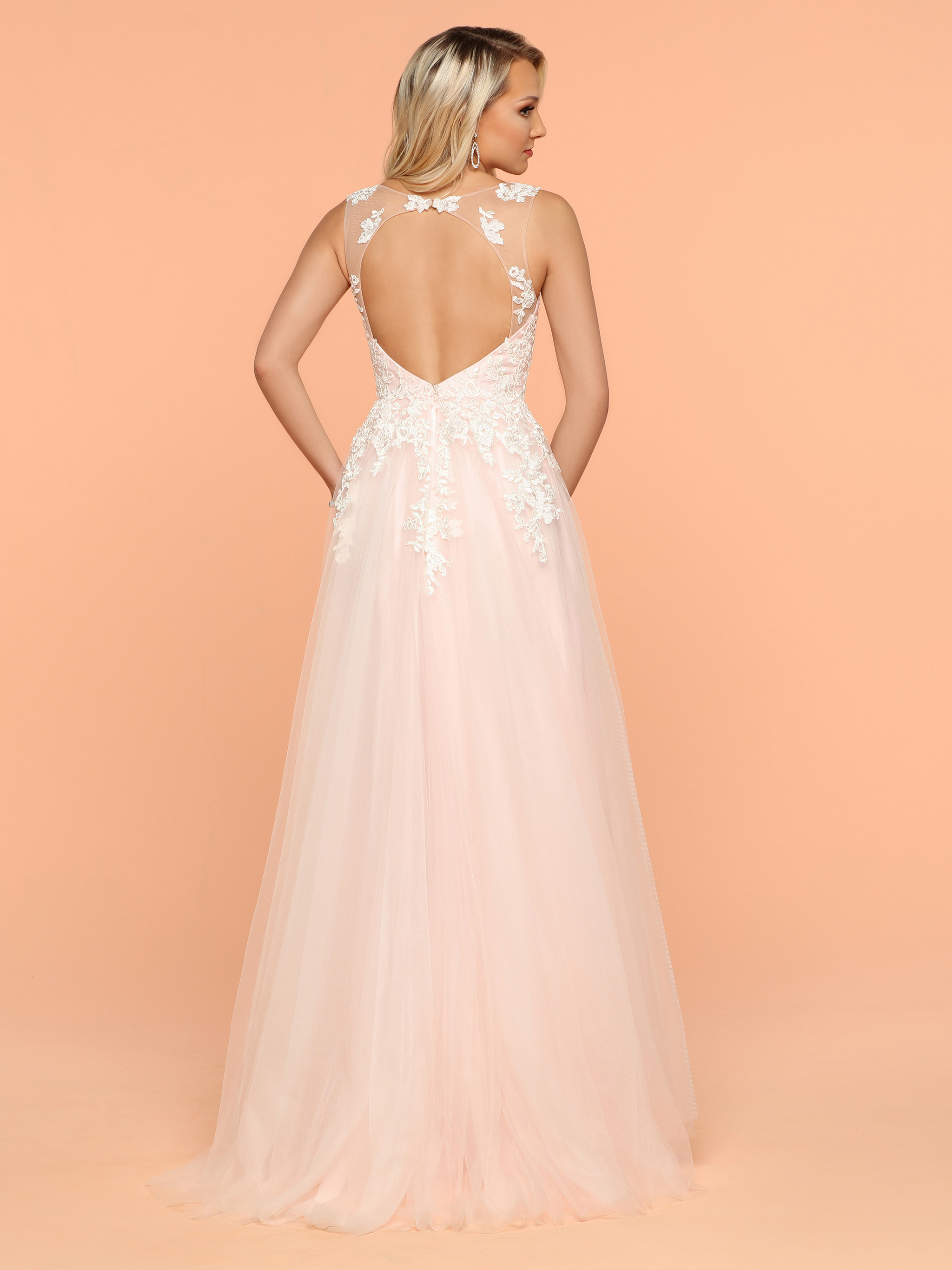 Image showing back view of style #71819