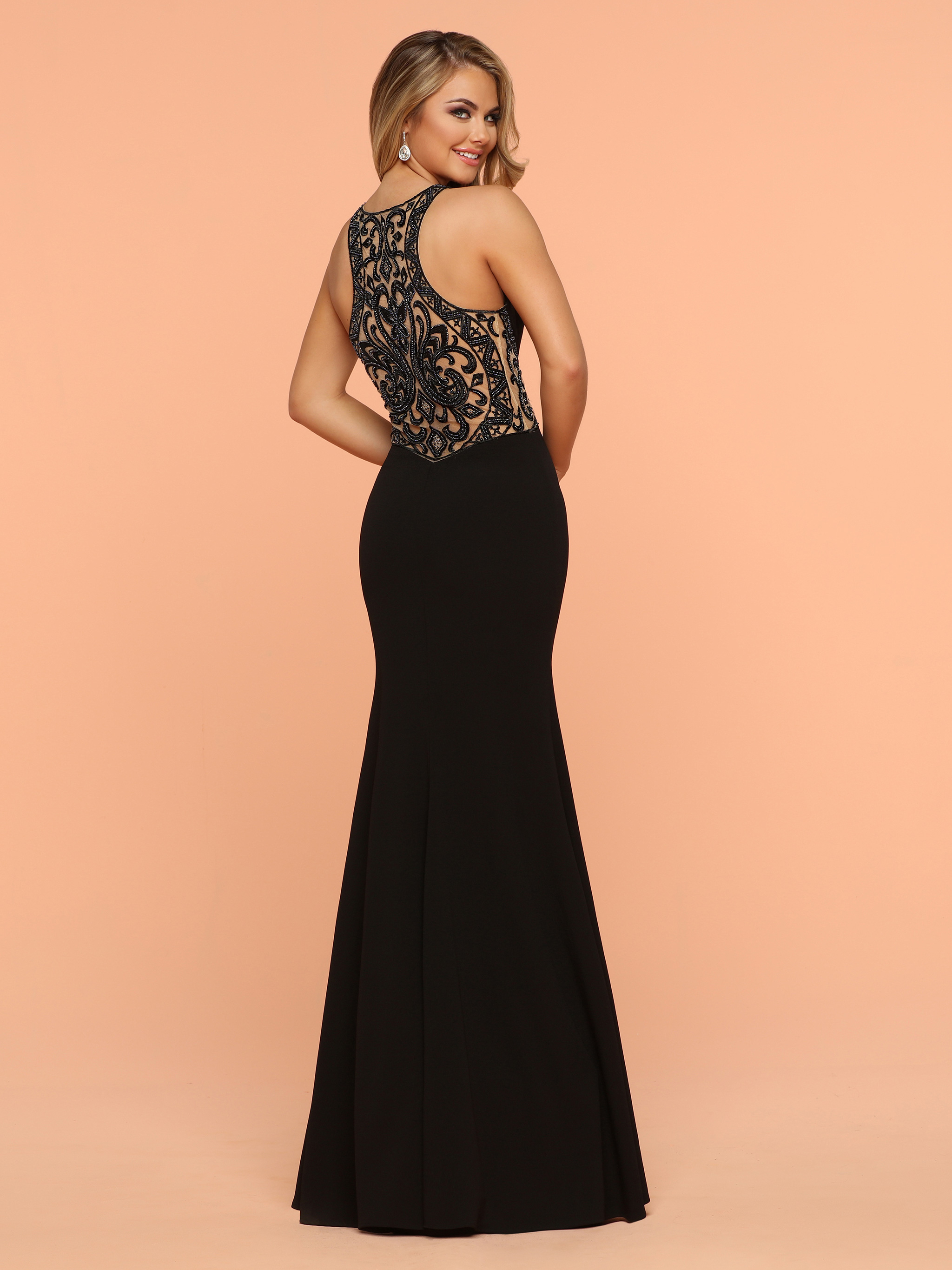 Image showing back view of style #71821