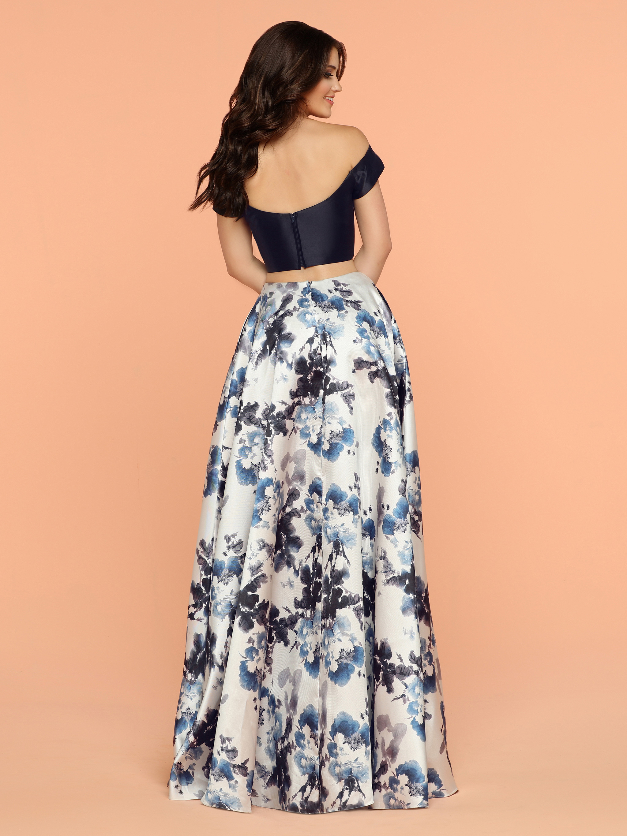 Image showing back view of style #71823