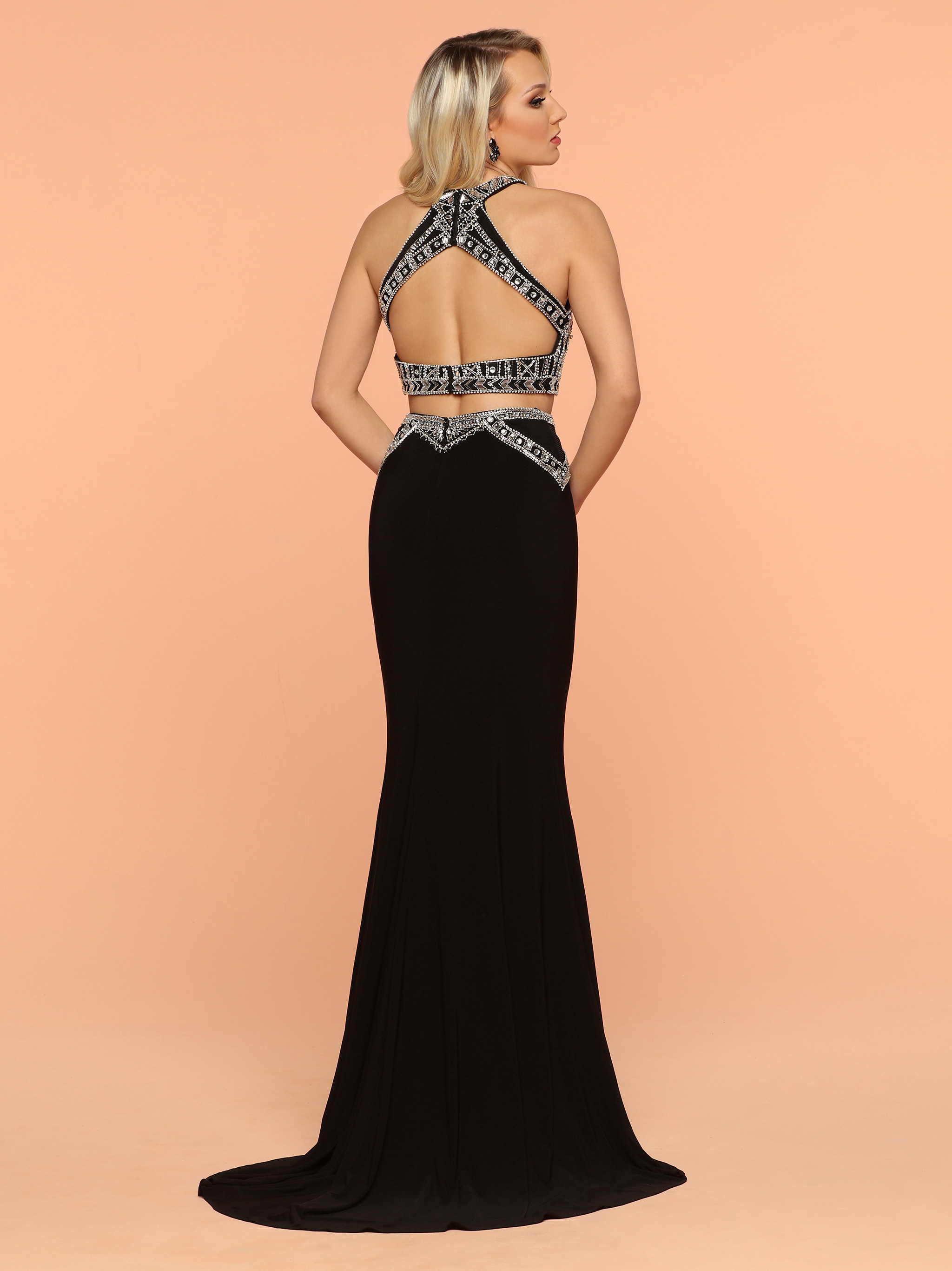Image showing back view of style #71858