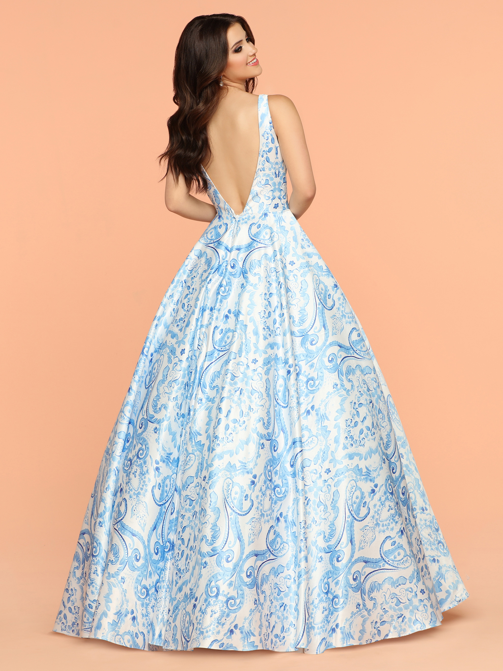 Image showing back view of style #71883