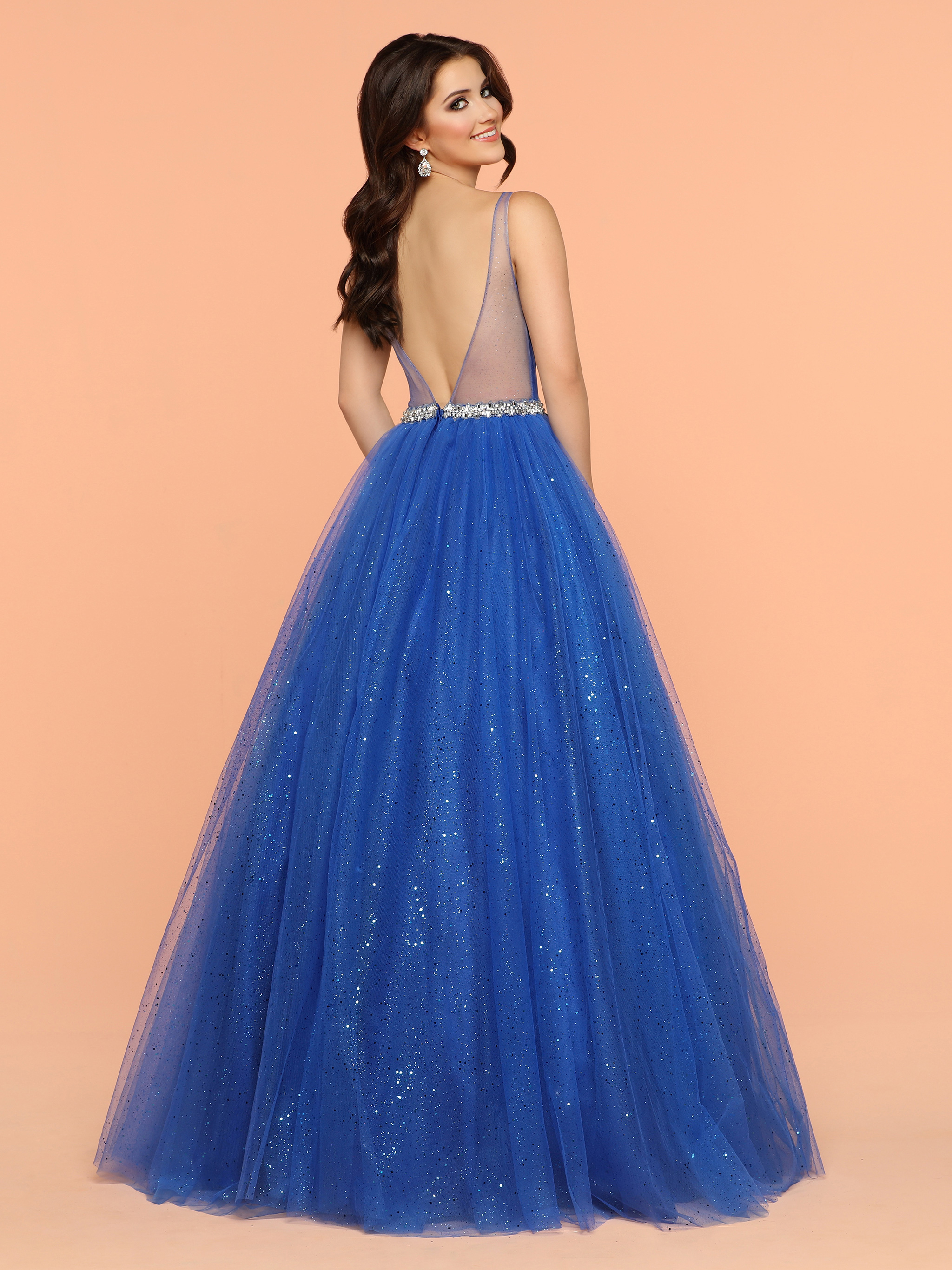 Image showing back view of style #71904