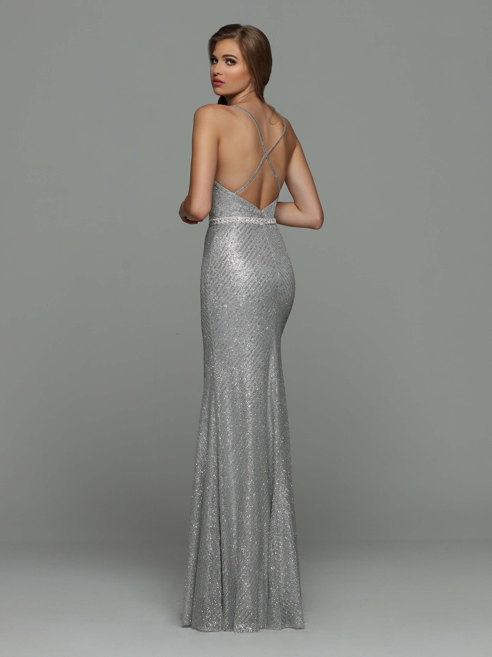 Image showing back view of style #71920