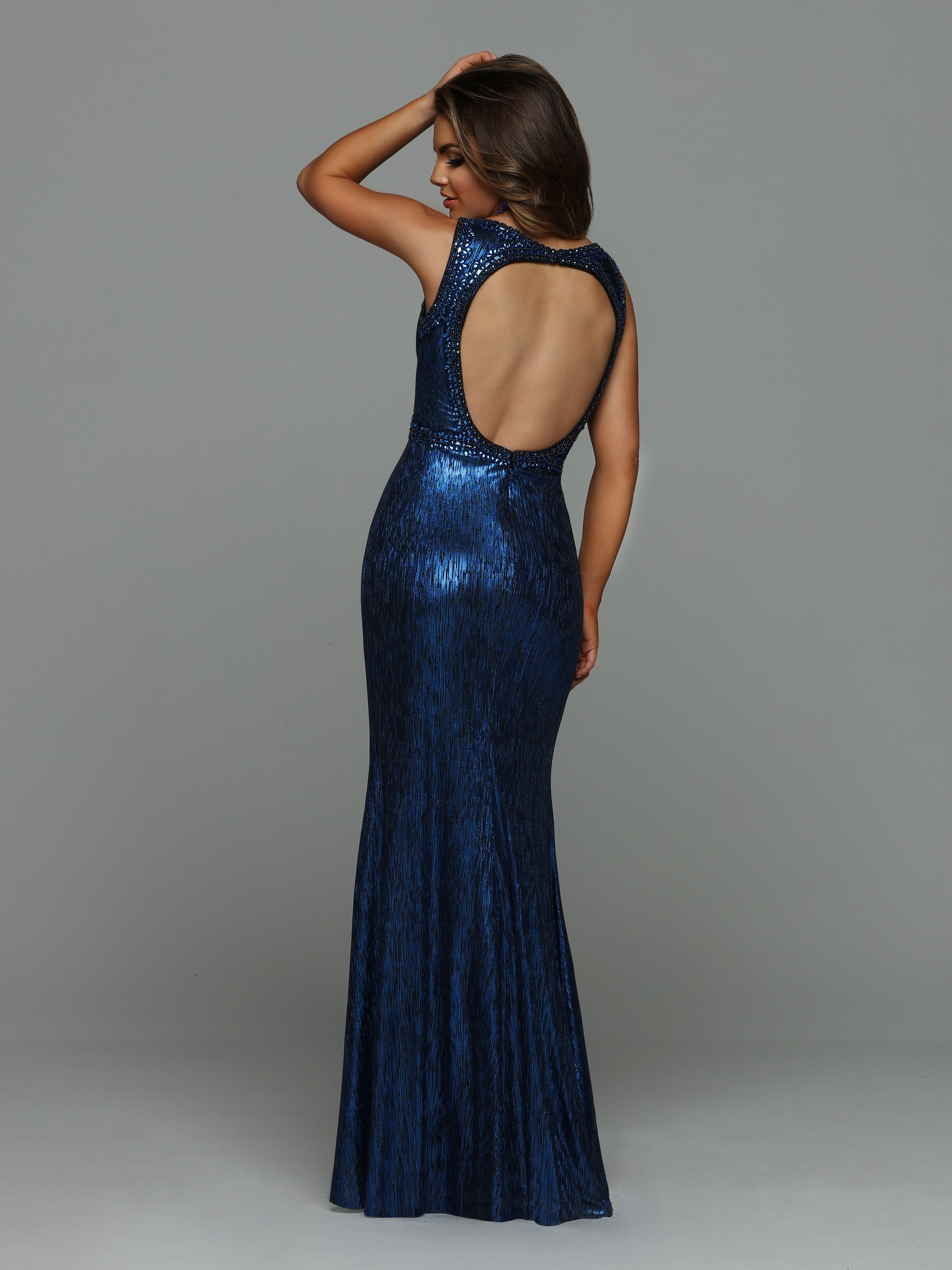 Image showing back view of style #71929
