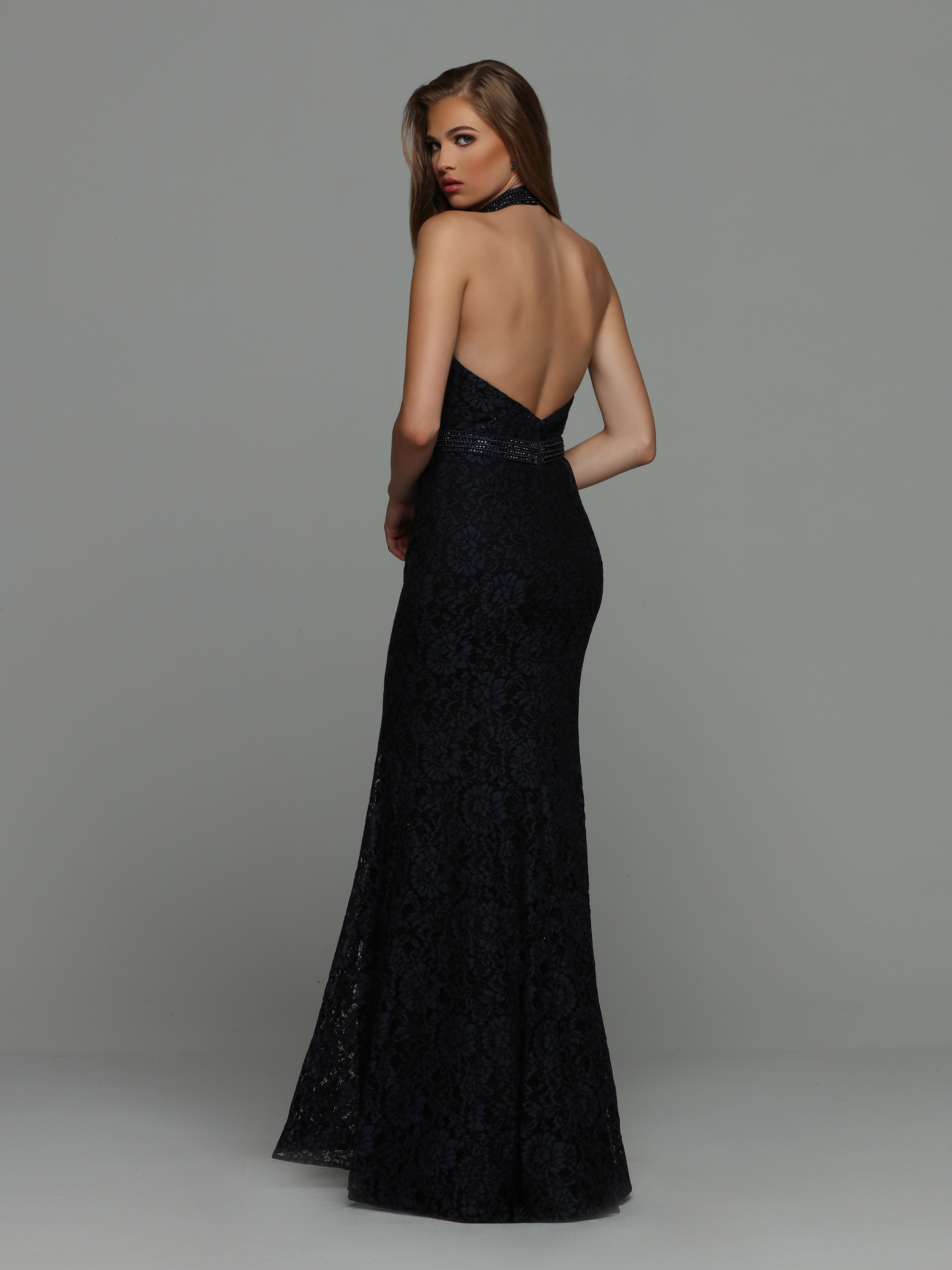 Back view of Style : 71930