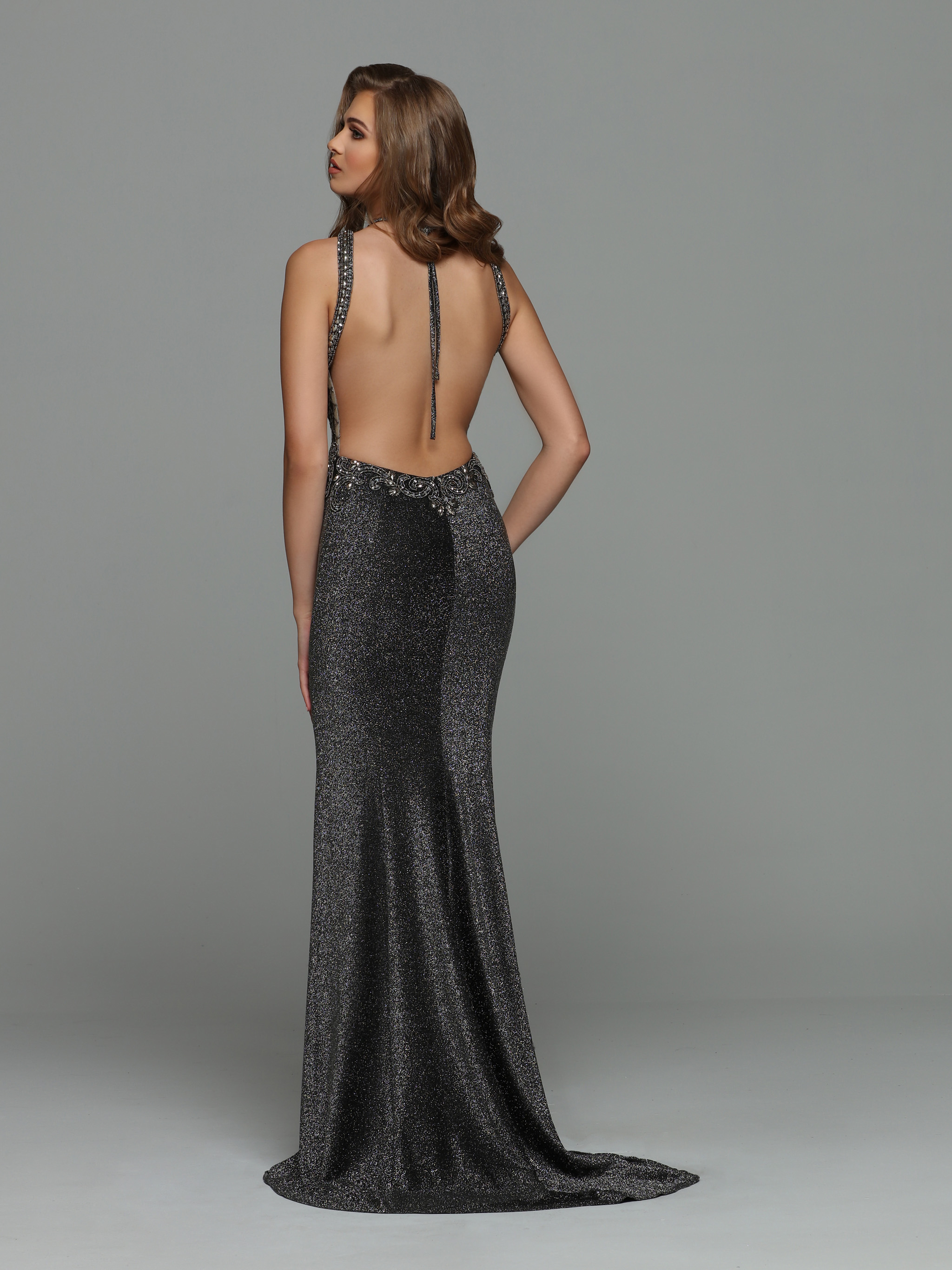 Image showing back view of style #71935