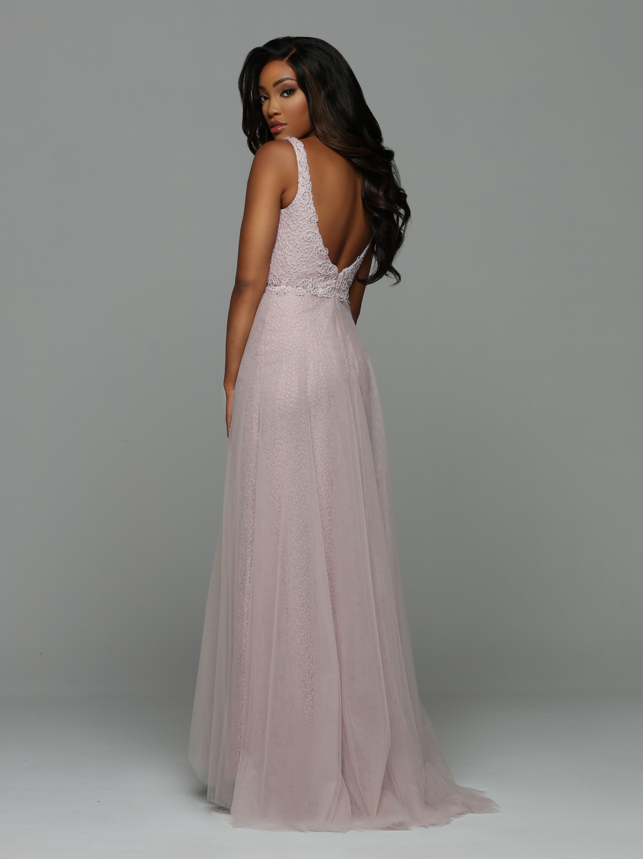 Back view of Style : 71943