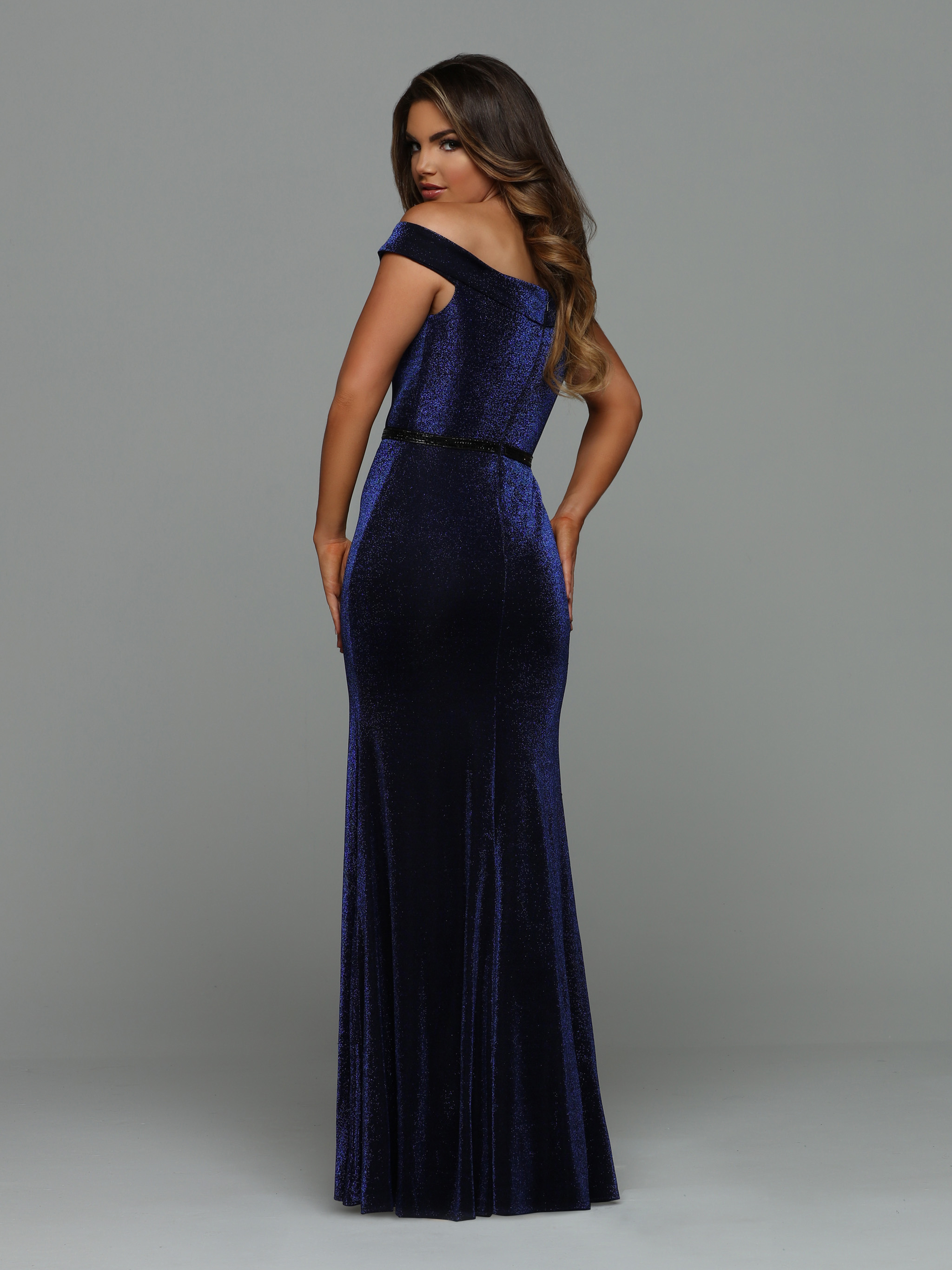 Back view of Style : 71947