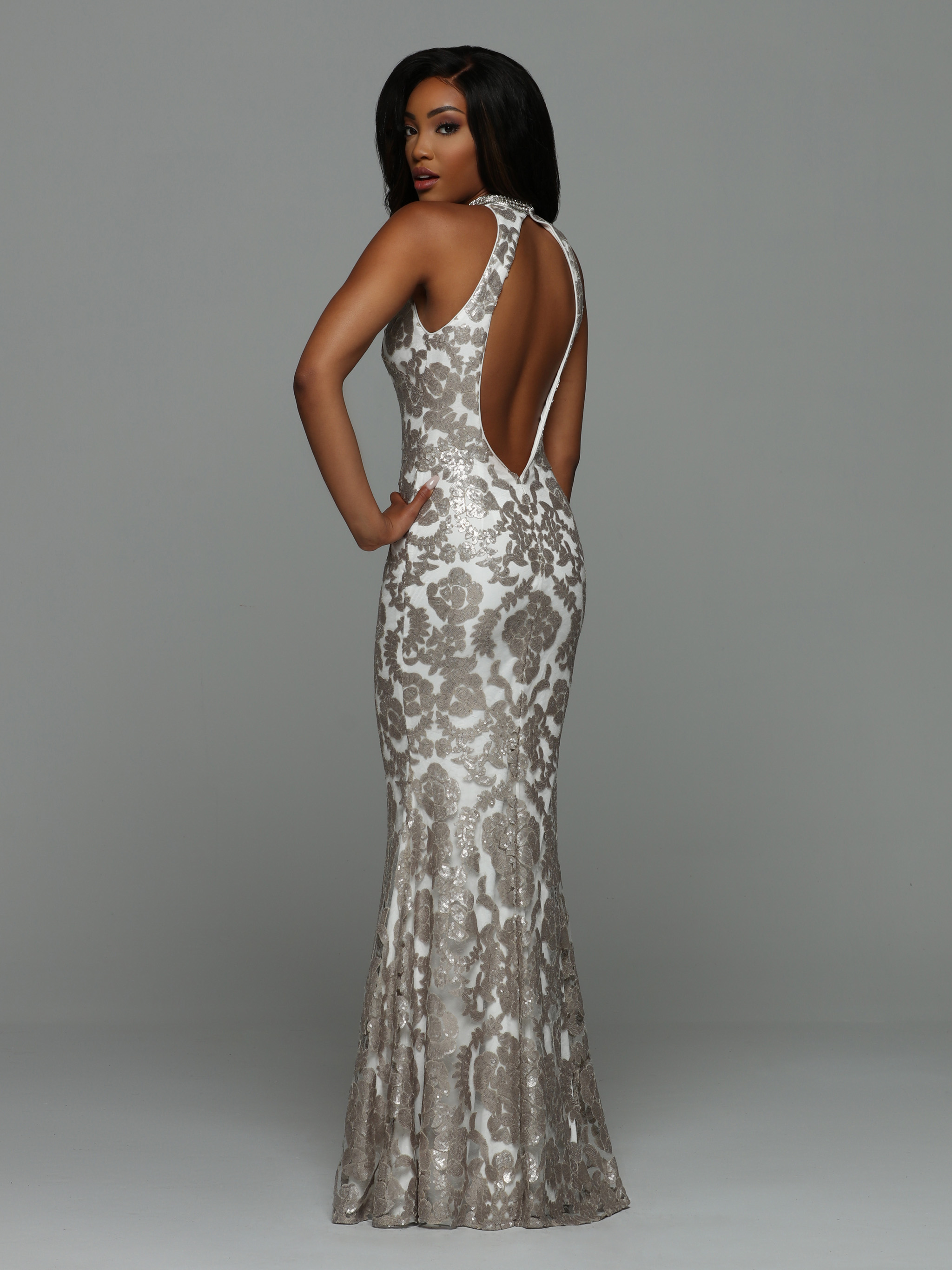 Back view of Style : 71958