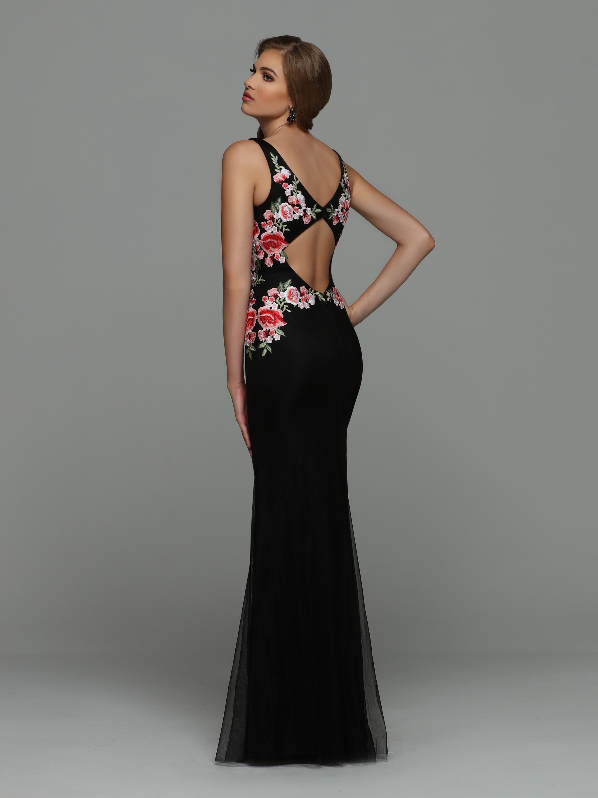 Image showing back view of style #71967