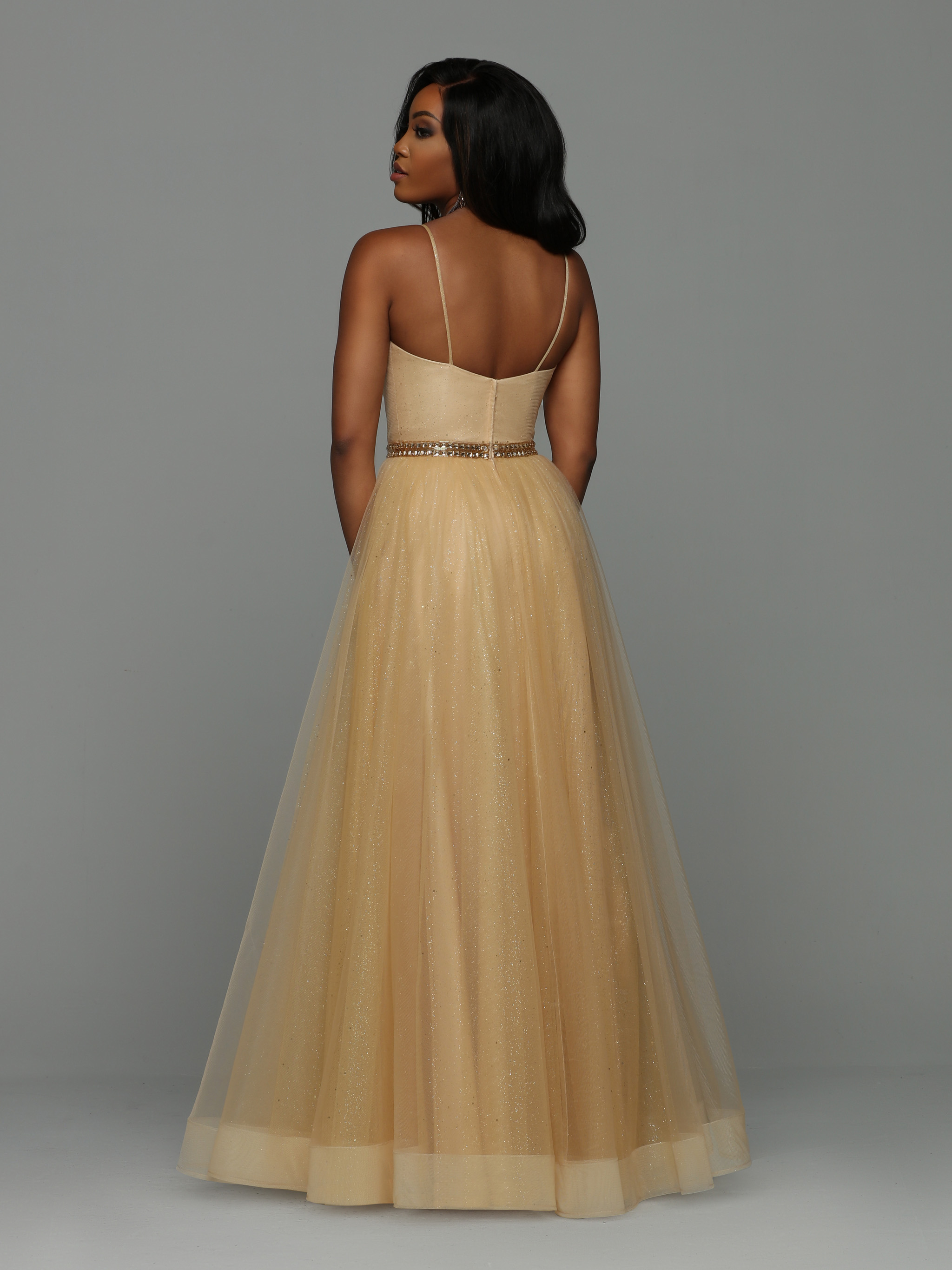 Image showing back view of style #71972