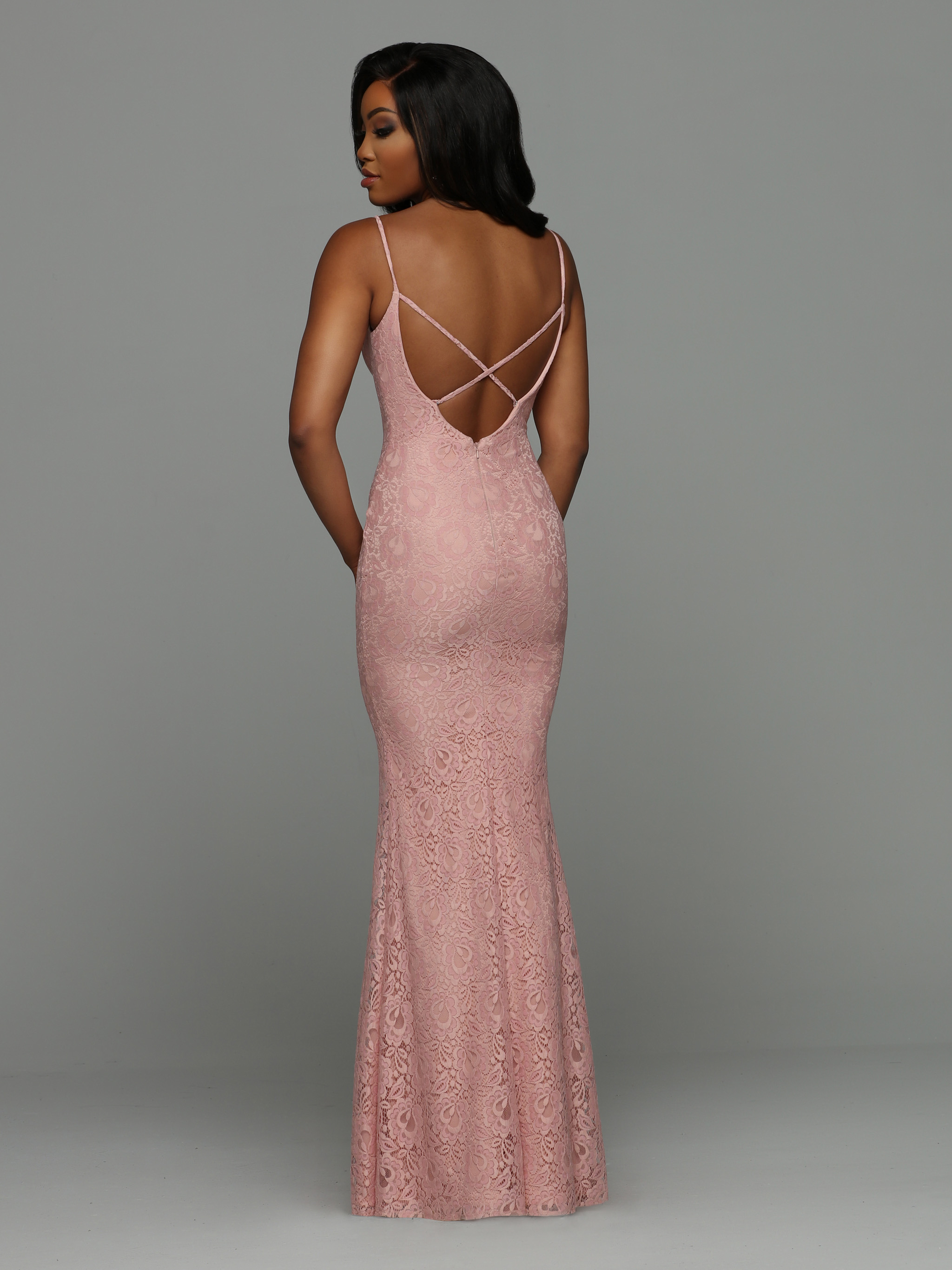 Image showing back view of style #71976