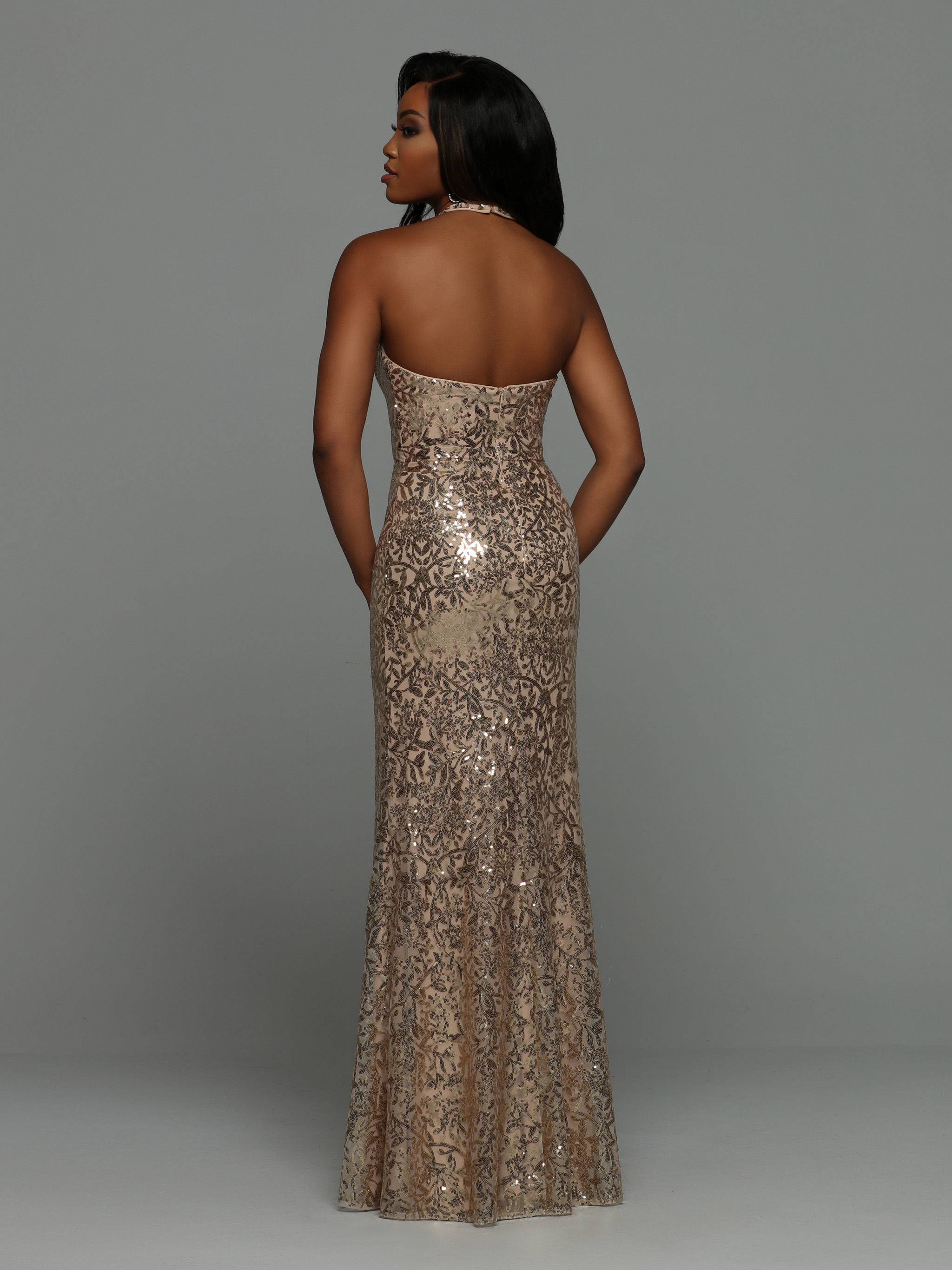 Image showing back view of style #71977