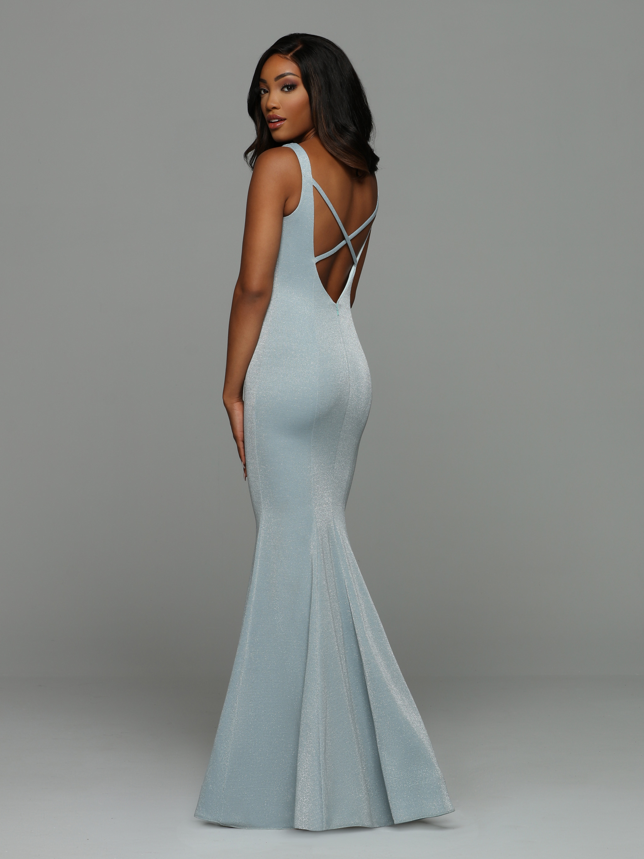 Back view of Style : 71979