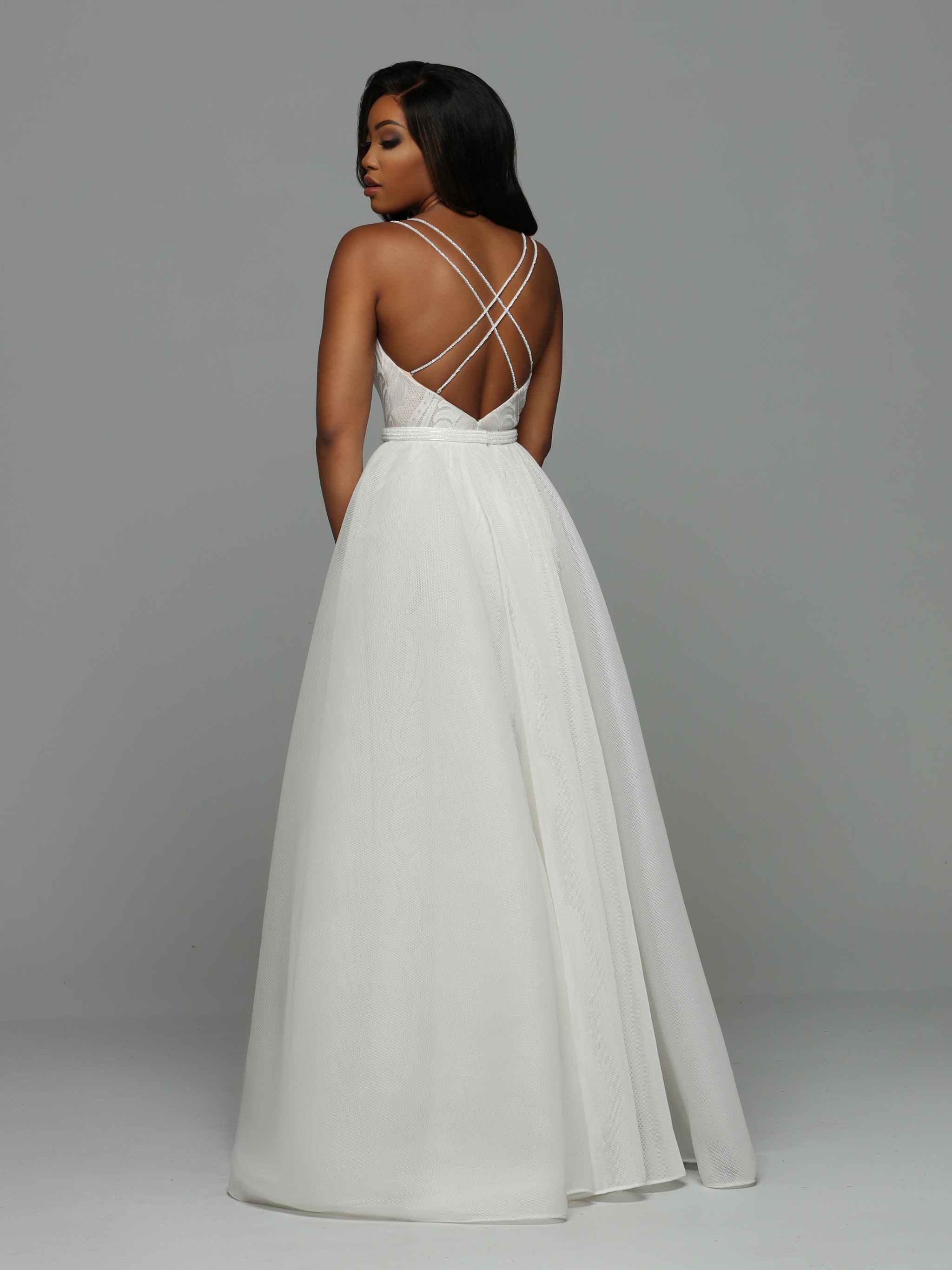 Image showing back view of style #72001