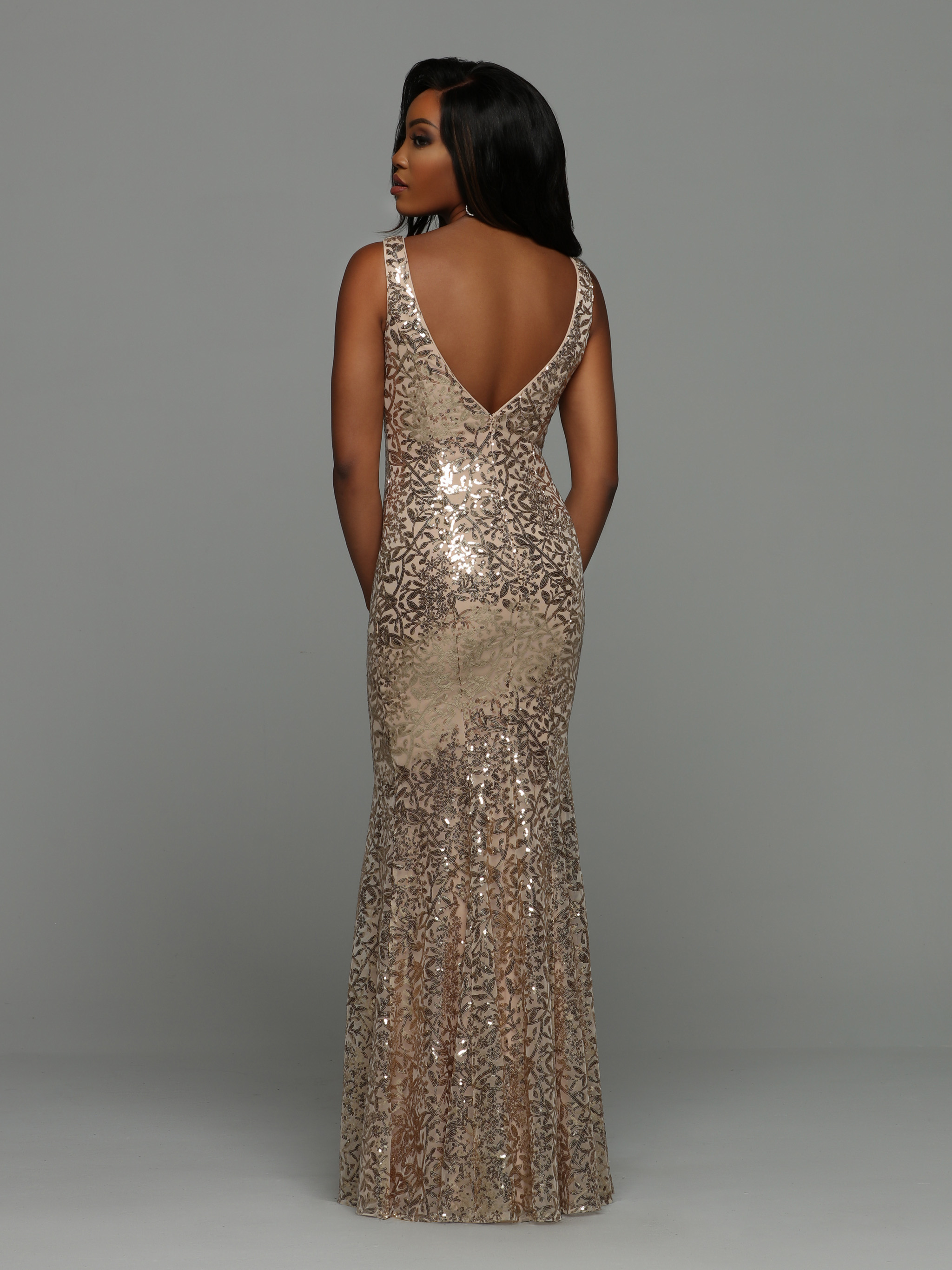 Image showing back view of style #72008