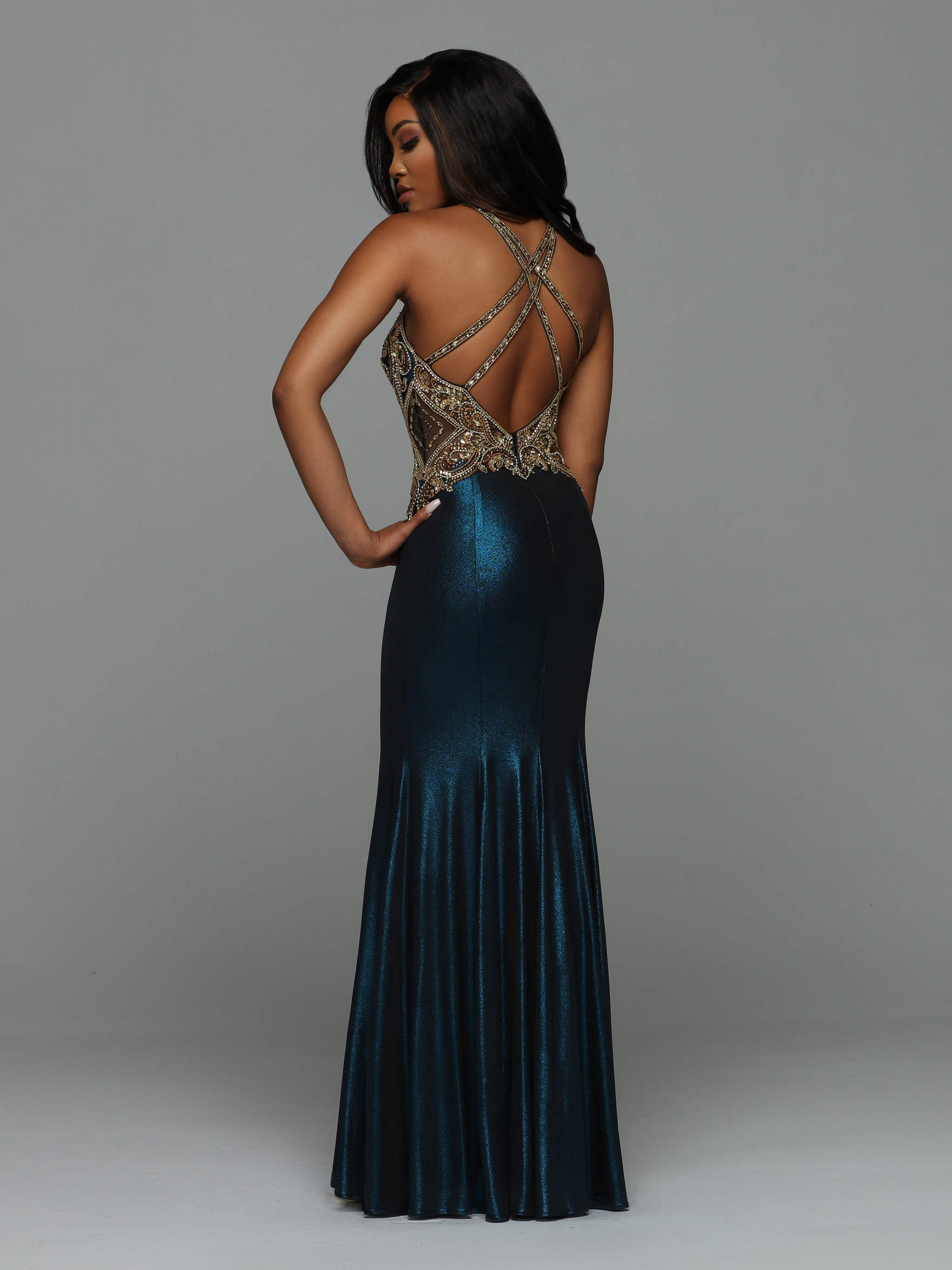 Image showing back view of style #72016