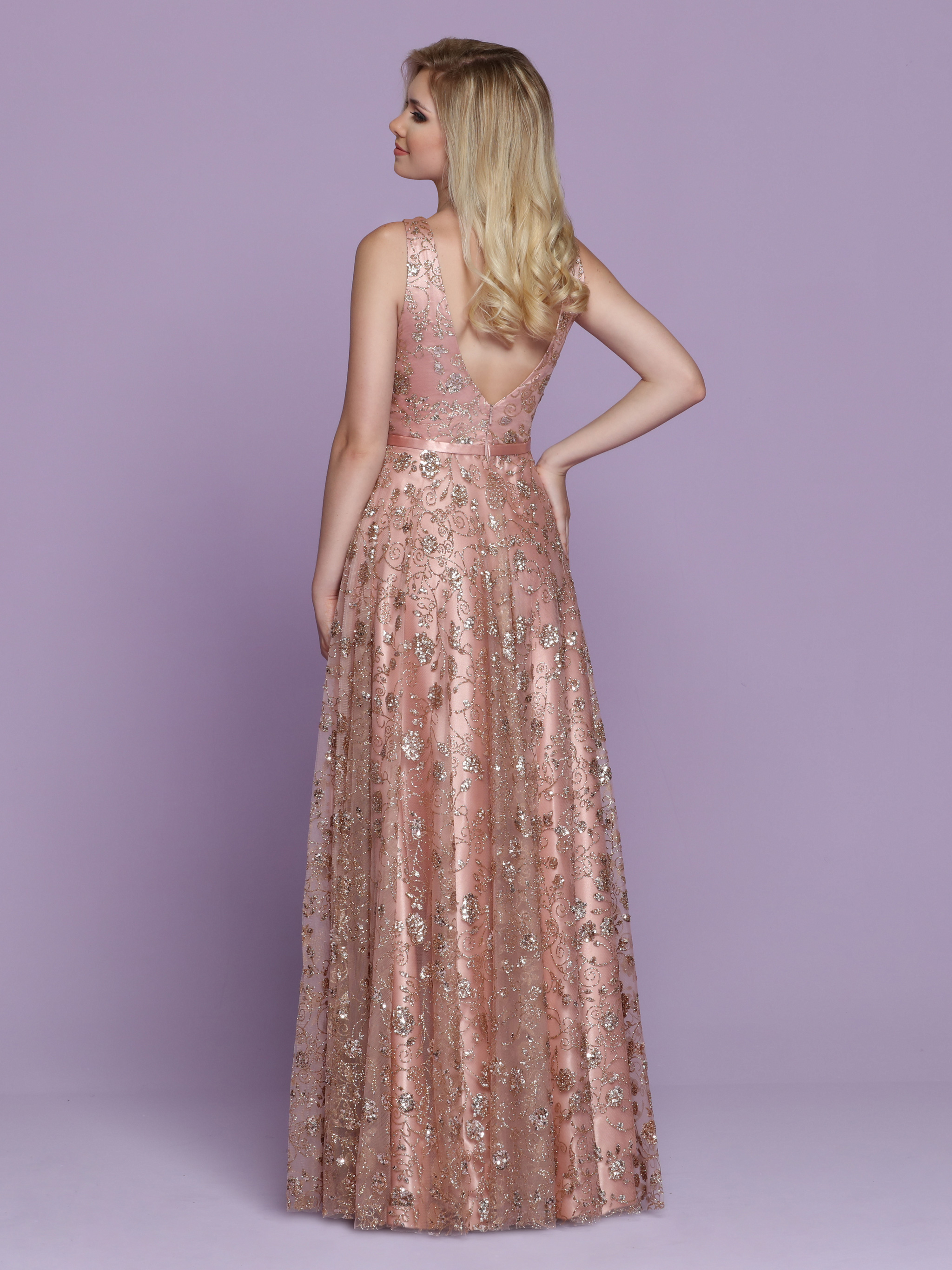 Image showing back view of style #72031