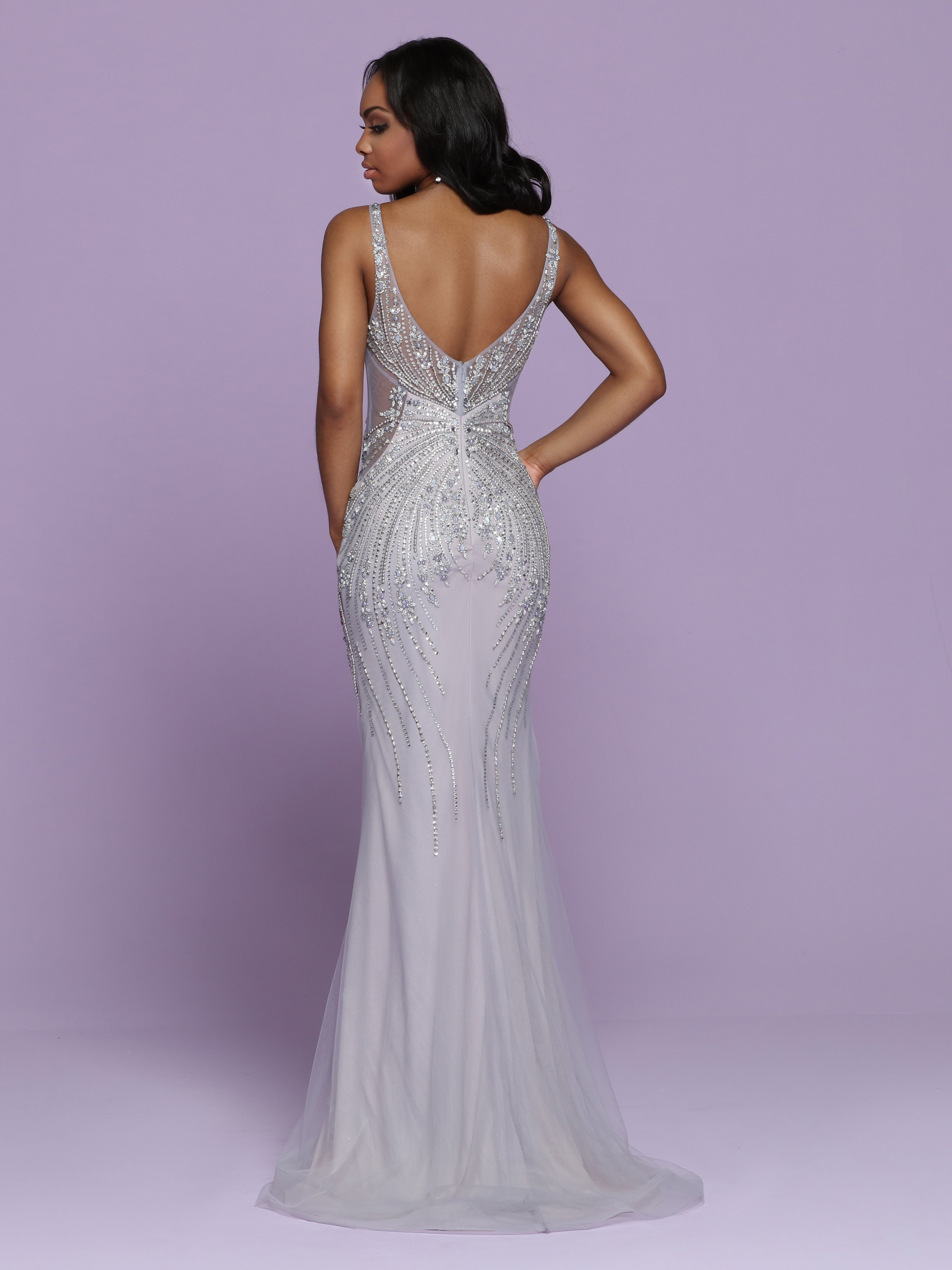 Image showing back view of style #72052