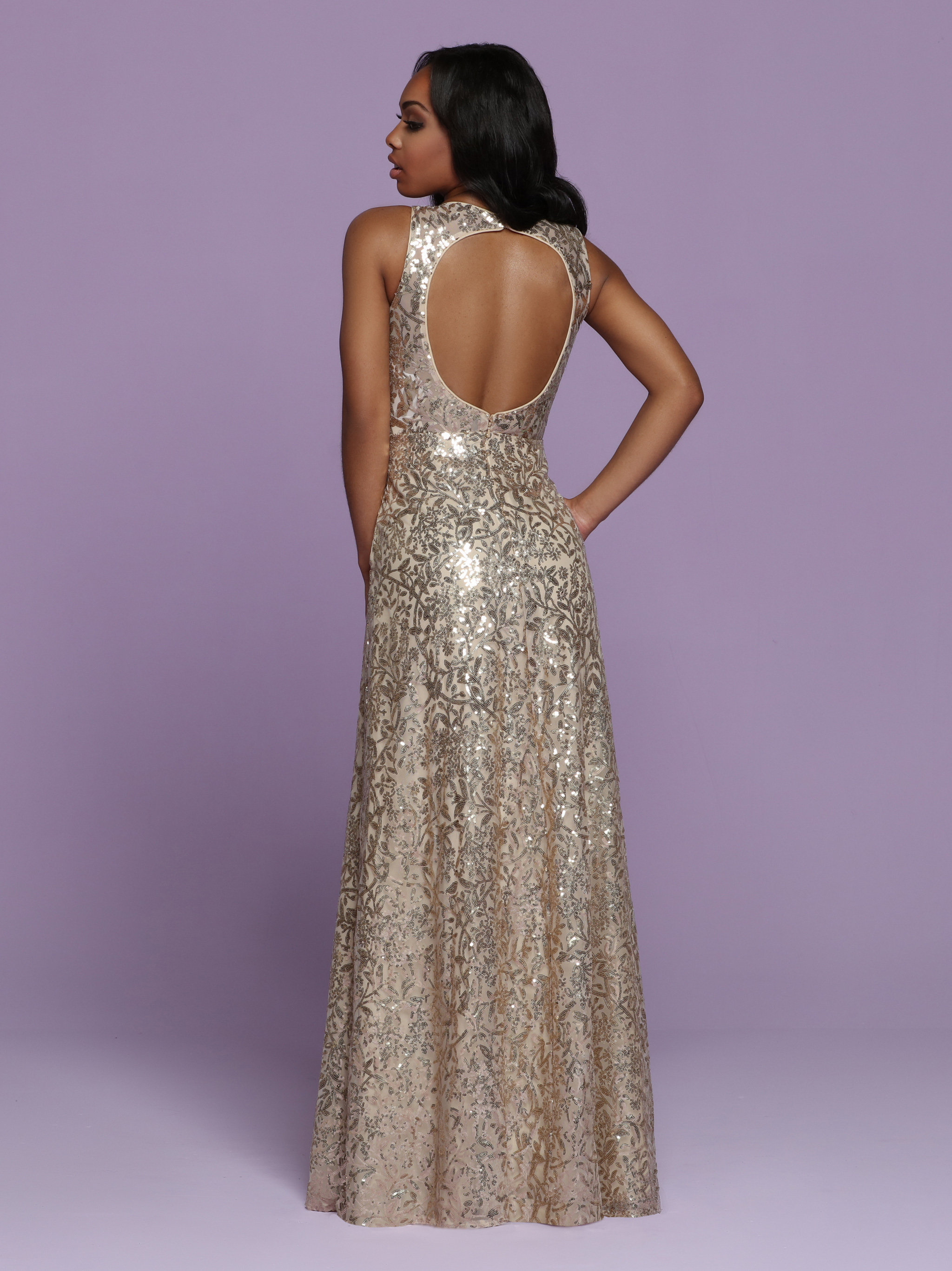 Image showing back view of style #72070