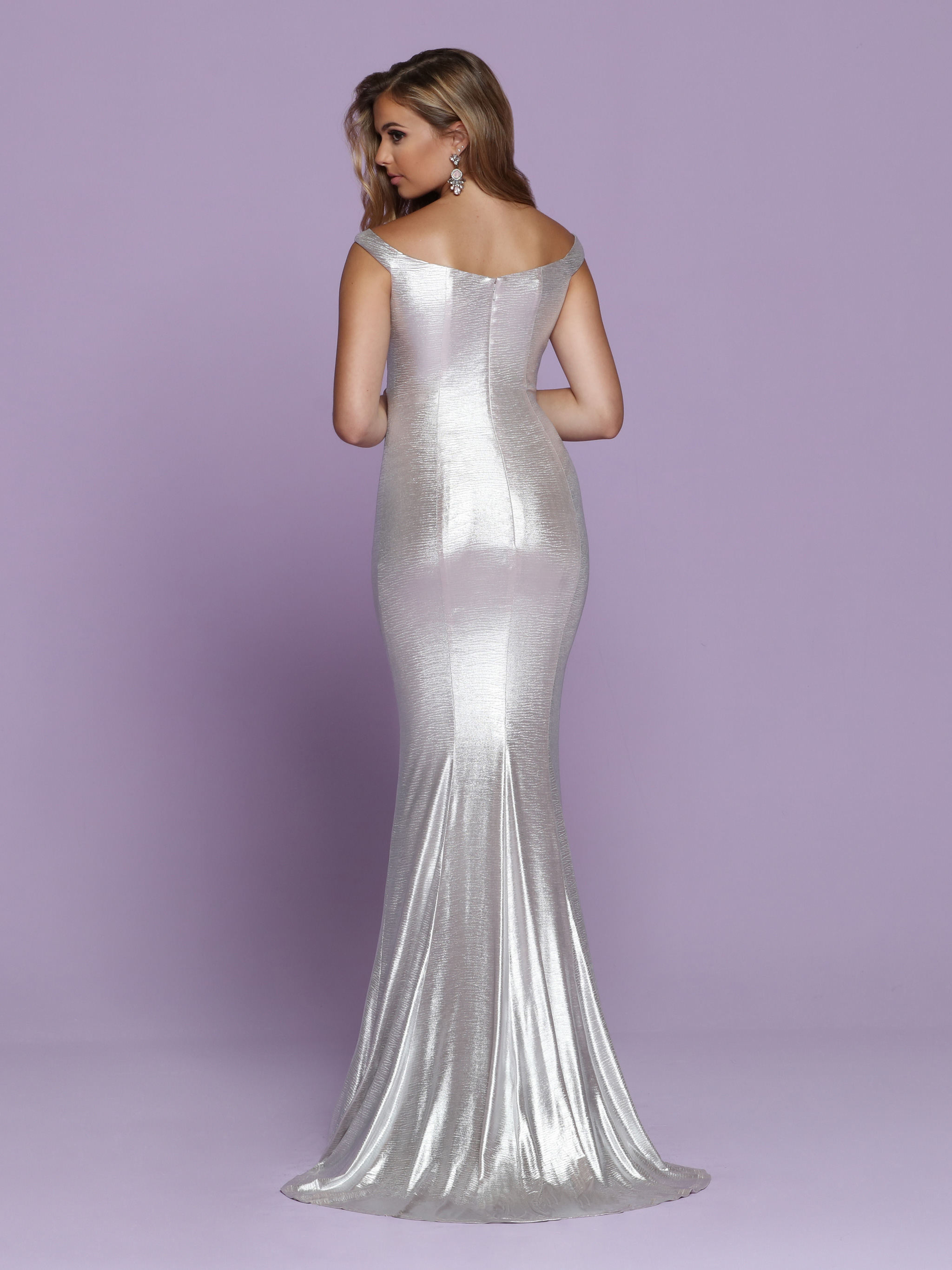 Image showing back view of style #72075