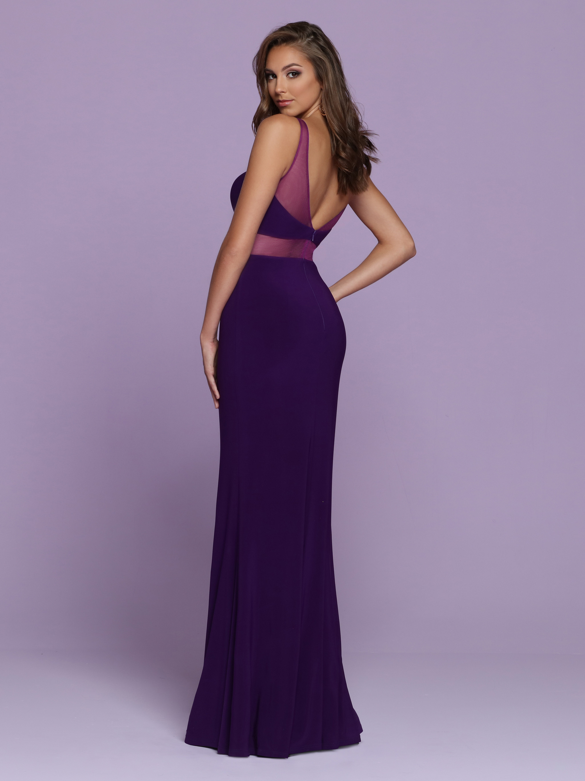 Image showing back view of style #72111