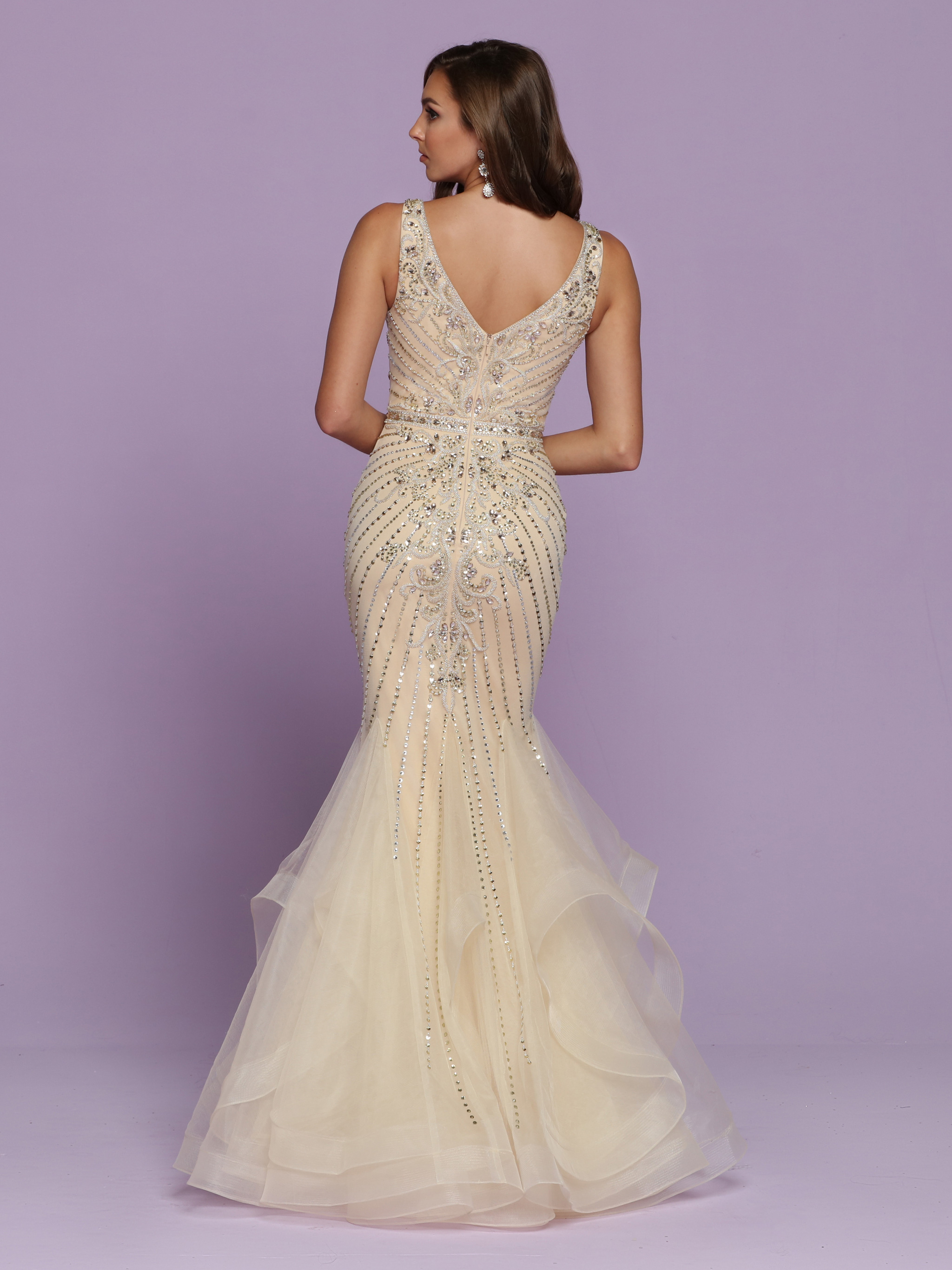 Back view of Style : 72122