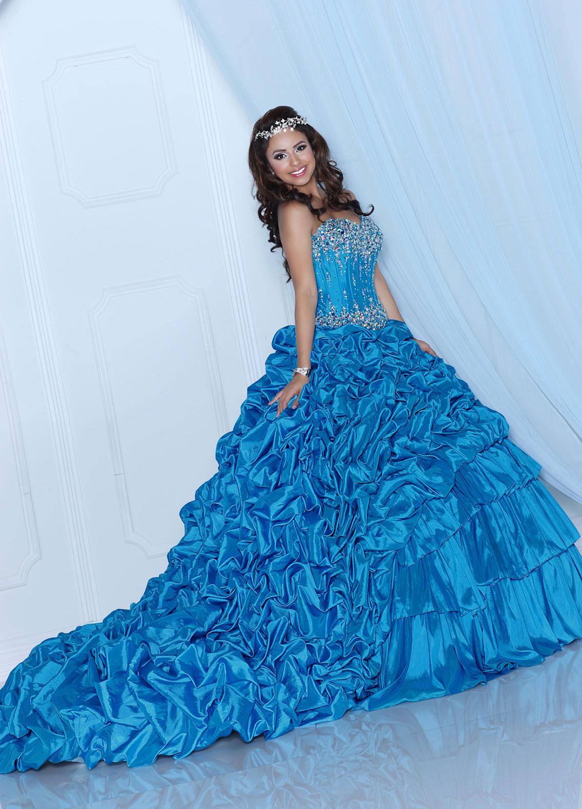 Style #80207 | DaVinci Wedding Dresses