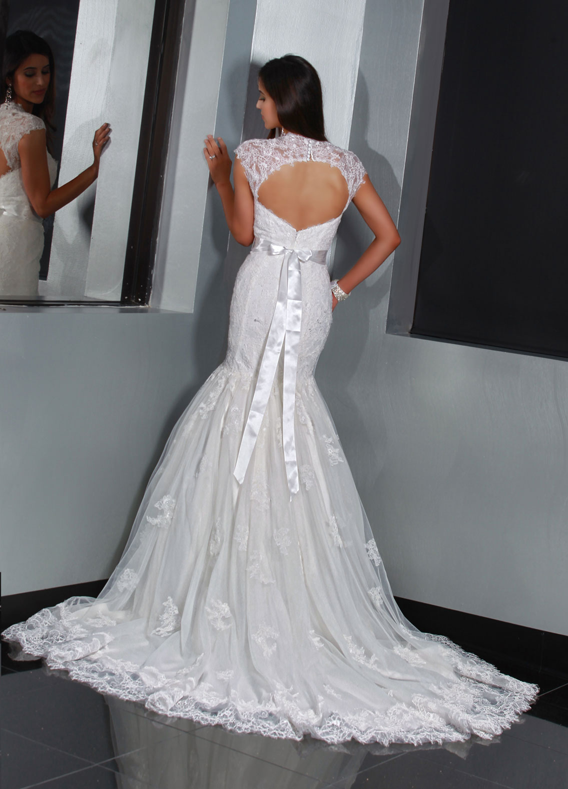 Back view of Style : 50194