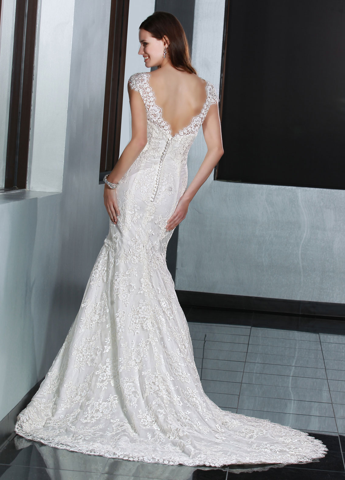 Back view of Style : 50195