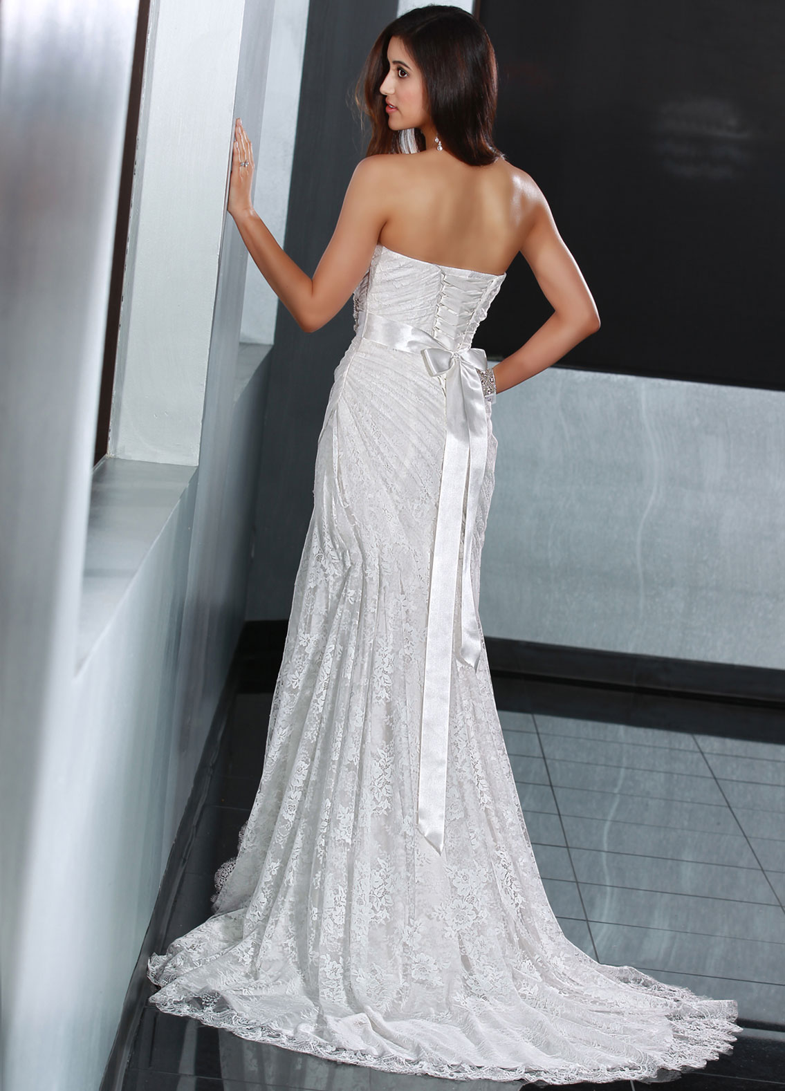 Back view of Style : 50200