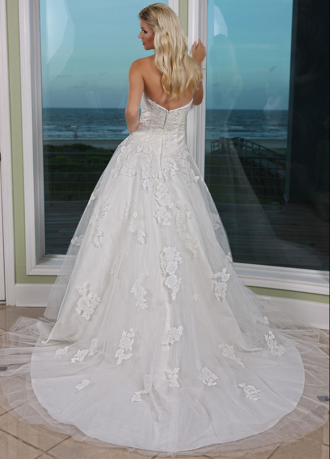 Back view of Style : 50236