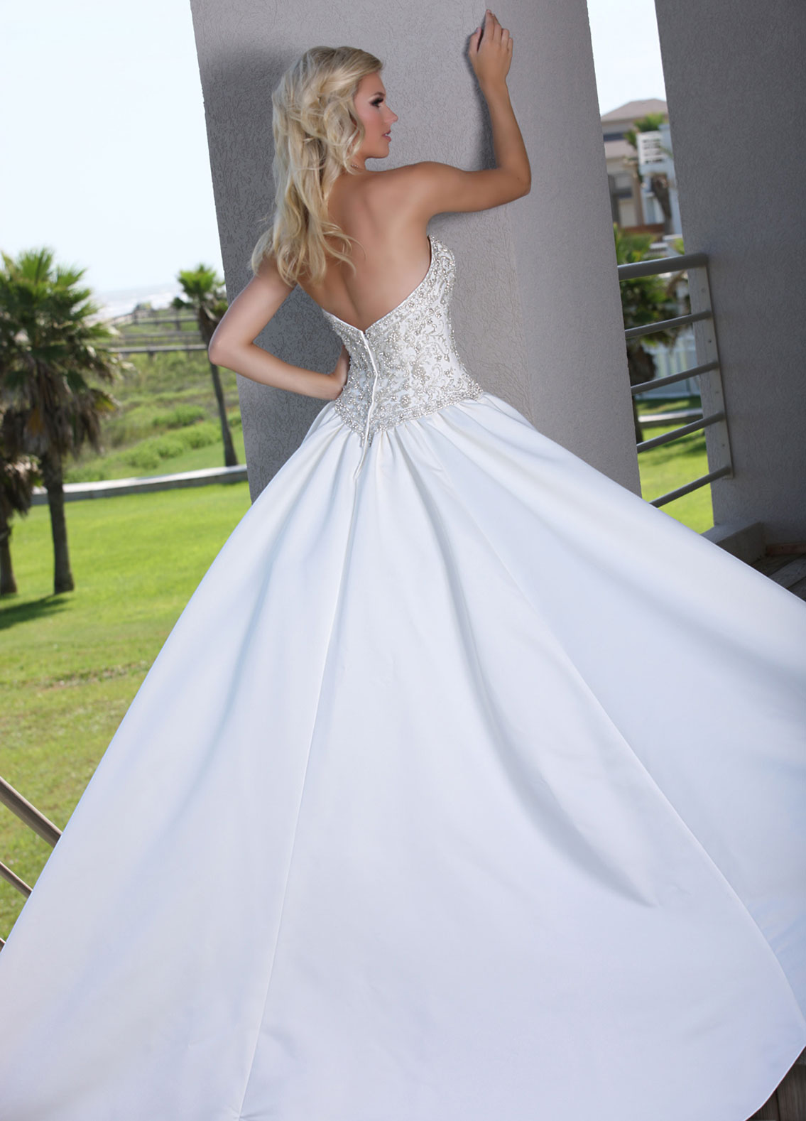 Back view of Style : 50251