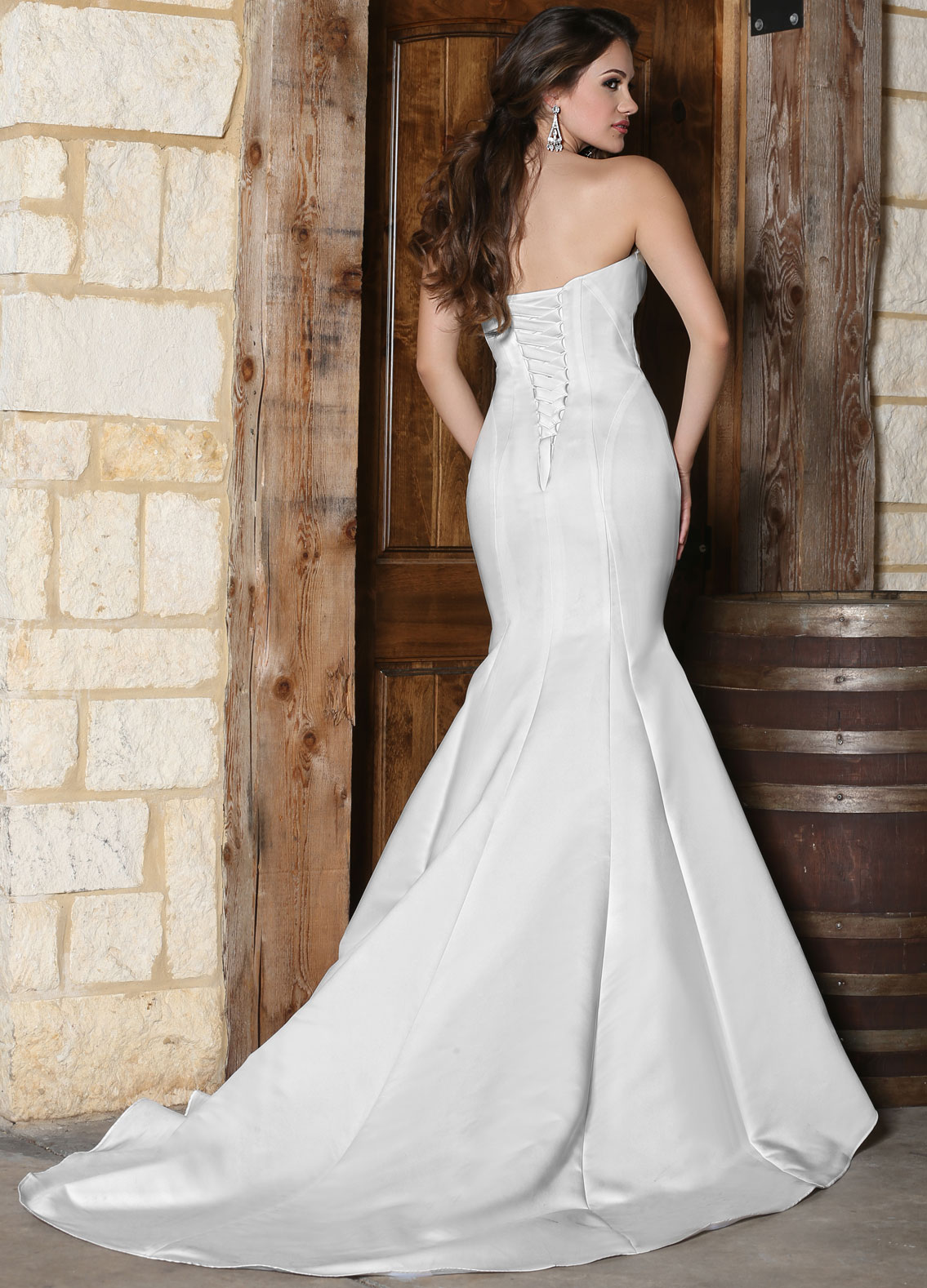 Back view of Style : 50305
