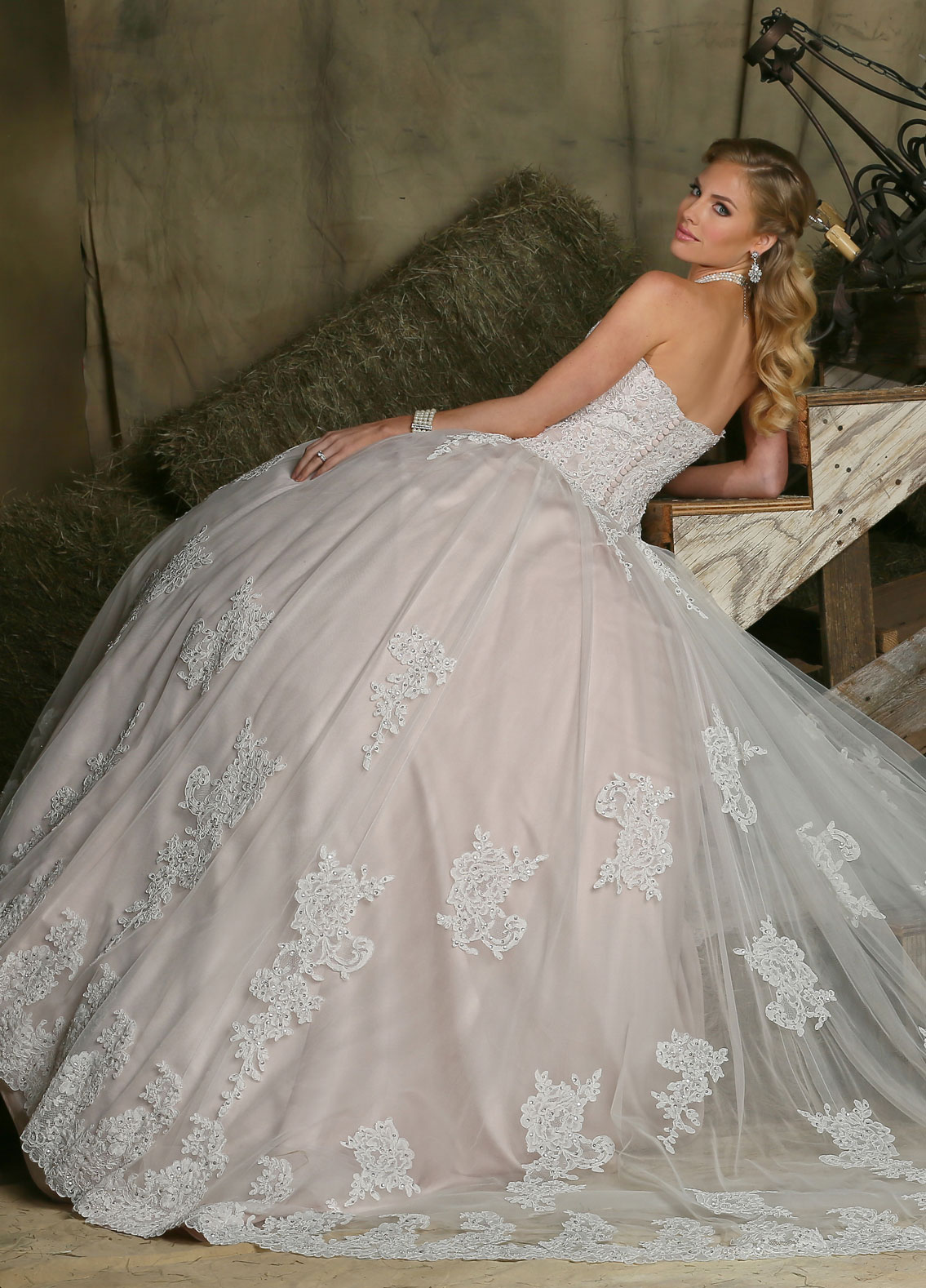 Back view of Style : 50331