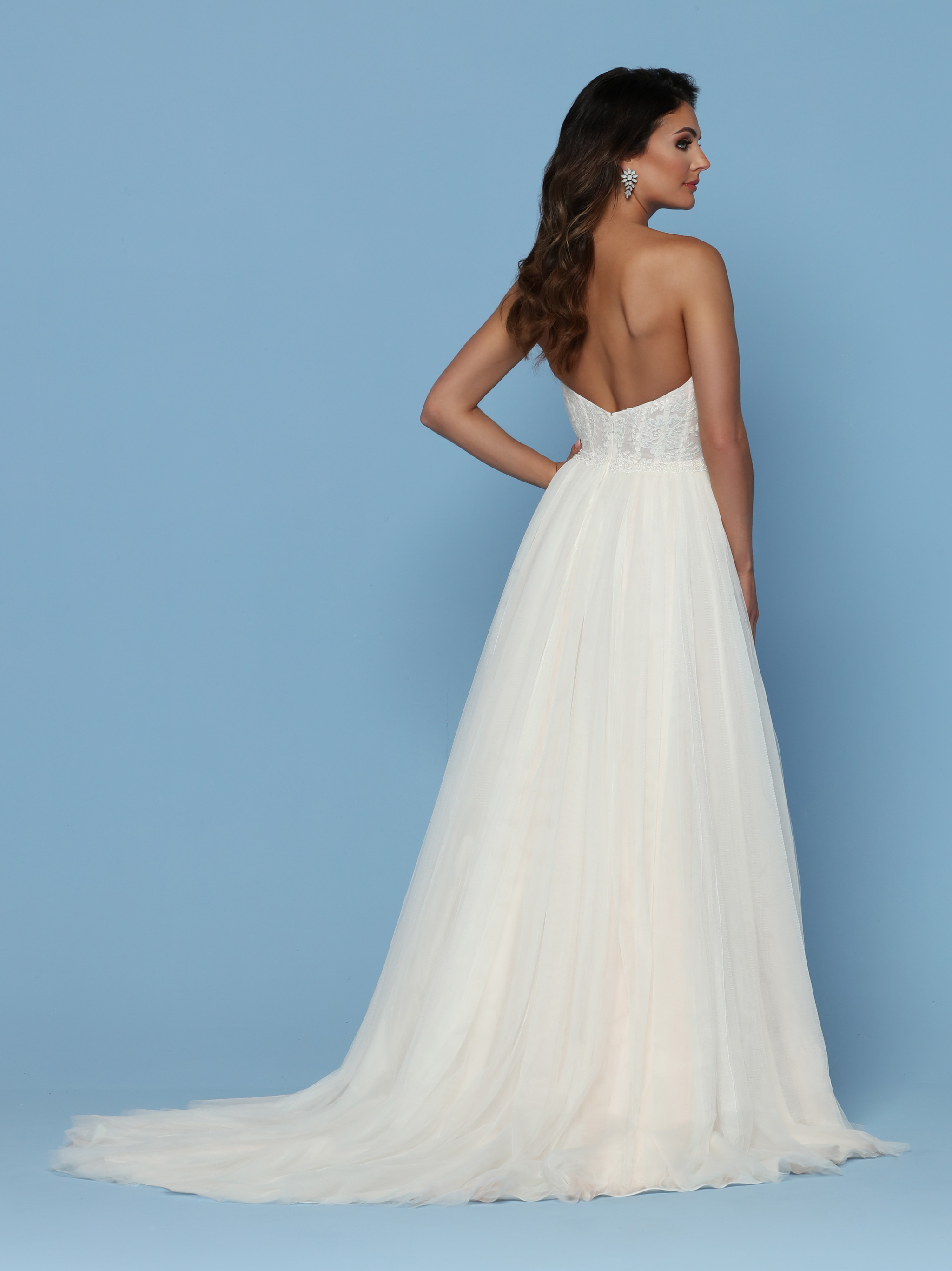 Davinci Bridal Our Flagship Collection Was Created For The Savvy Bride Who Wants An Elegant High Quality Wedding Dress At A More Affordable Price