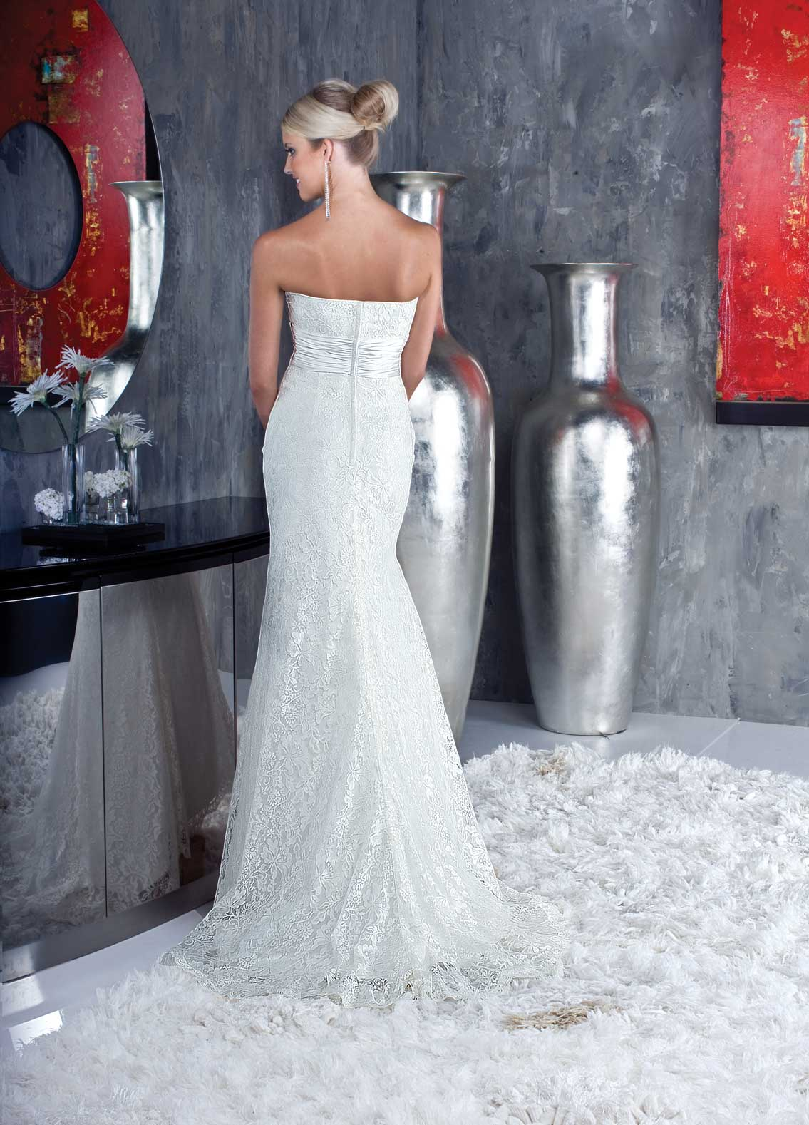 Back view of Style : 8345