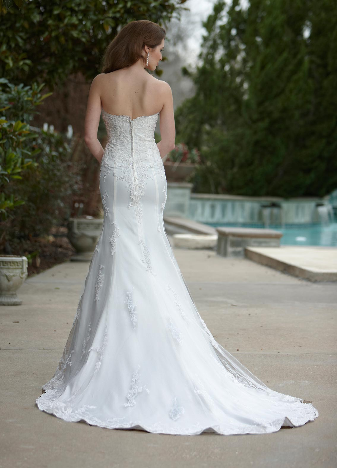 Back view of Style : 8436
